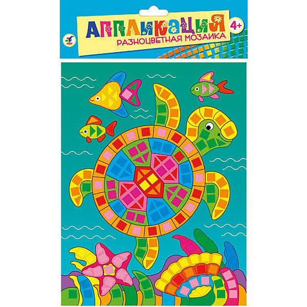 Разноцветная мозаика мини Морская черепахаАппликации из бумаги<br>Разноцветная мозаика Морская черепаха - увлекательный набор для детского творчества, который поможет Вашему ребенку без ножниц и клея сделать красивую картинку. Техника выполнения мозаики проста и не представляет сложностей: на картинку-основу уже нанесен рисунок со схемой размещения квадратиков, нужно лишь снять защитную пленку с деталей и аккуратно вклеить их согласно образцу. Разноцветные детали-квадратики выполнены из мягкого, приятного на ощупь материала ЭВА.. Все элементы имеют самоклеющуюся основу, легко приклеиваются и прочно держатся. Итогом работы станет красочная мозаика с изображением разноцветной морской черепашки. Работа с мозаикой развивает у ребенка цветовое восприятие, образно-логическое мышление и пространственное воображение, тренирует мелкую моторику.<br><br>Дополнительная информация:<br><br>- В комплекте: основа с рисунком и схемой размещения квадратиков, самоклеящиеся квадратики из мягкого пластика 8 цветов.<br>- Материал: картон, мягкий пластик ЭВА.<br>- Размер упаковки: 20 х 15 x 0,5 см.<br>- Вес: 38 гр.<br><br>Разноцветную мозаику мини Морская черепаха, Дрофа Медиа, можно купить в нашем интернет-магазине.<br>Ширина мм: 160; Глубина мм: 205; Высота мм: 7; Вес г: 85; Возраст от месяцев: 48; Возраст до месяцев: 2147483647; Пол: Унисекс; Возраст: Детский; SKU: 4561874;