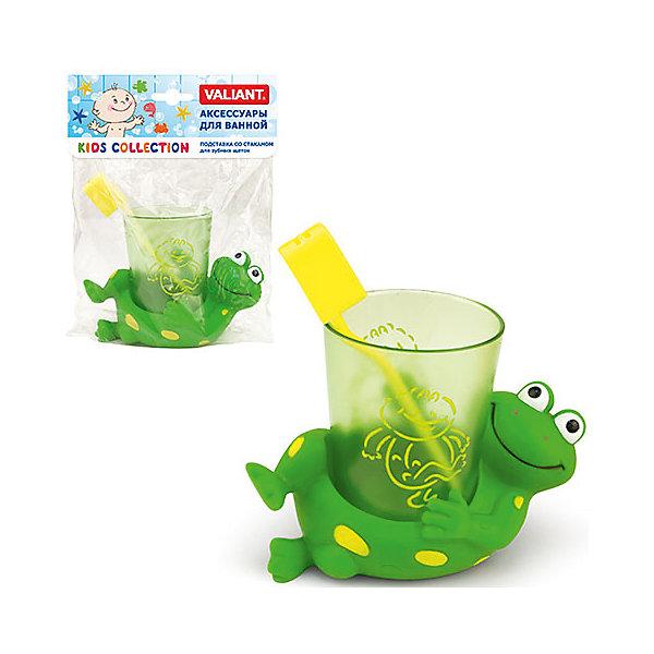 Подставка со стаканом ЛягушатаАксессуары для ванны<br>Подставка со стаканом в виде улыбающейся зеленой лягушки и зубной щеткой будет отличным помощником в приучении ребенка к ежедневной гигиене зубов. Ваш ребенок с большим удовольствием будет чистить зубки в компании такого замечательного друга. На полупрозрачном стаканчике также изображены смешные квакушки. Товар изготовлен из качественных материалов, безопасных для здоровья. Дополняют коллекцию ЛЯГУШАТА: сетка настенная на присосках для аксессуаров.<br><br>Дополнительная информация: <br><br>- возраст: с 12 месяцев.<br>- материал: ПВХ без фталатов.<br>- размер: 9,5*8*3,5 см.<br>В комплект входят:<br>- подставка;<br>-зубная щетка;<br>-стаканчик. <br><br>Подставку со стаканом Лягушата можно купить в нашем интернет-магазине.<br>Ширина мм: 80; Глубина мм: 35; Высота мм: 145; Вес г: 167; Возраст от месяцев: -2147483648; Возраст до месяцев: 2147483647; Пол: Унисекс; Возраст: Детский; SKU: 4563374;