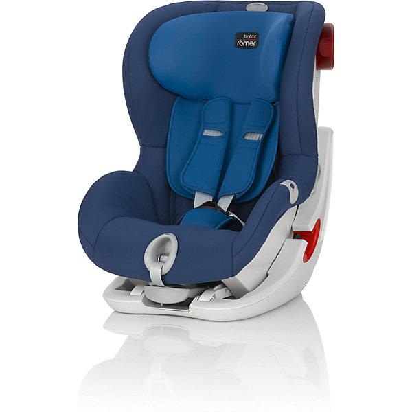 Автокресло Britax Romer KING II LS, 9-18 кг, Ocean Blue TrendlineГруппа 1 (от 9 до 18 кг)<br>Автокресло King II LS оснащено уникальной системой световой индикации натяжения ремня безопасности и складывающимся вперед сиденьем для удобства установки. <br>- Установка в автомобиле с помощью штатного ремня безопасности<br>- Индикатор определяет уровень натяжения внутреннего ремня автокресла<br>- 5-точечные ремни безопасности, регулируемые одной рукой<br>- Угол наклона регулируется в 4-х положениях<br>- Система наклона кресла вперед обеспечивает улучшенный доступ и обзор при установке кресла в салоне автомобиля<br>- Глубокие мягкие боковины обеспечивают оптимальную защиту при боковых столкновениях<br>- Мягкие плечевые накладки на ремни для максимального комфорта<br>- Съемный моющийся чехол<br>- Батарейки включены в комплект поставки<br>- Размеры (Д / Ш / В): 54 х 45 х 67 см<br>- Размеры спинки сиденья (Д / Ш): 30 х 34 см<br>- Длина спинки: 55 см<br>- Вес: 10.3 кг<br><br>Автокресло KING II LS, 9-18 кг., BRITAX ROMER (Бритакс Ремер), Ocean Blue Trendline можно купить в нашем магазине.<br><br>Ширина мм: 540<br>Глубина мм: 450<br>Высота мм: 680<br>Вес г: 10500<br>Цвет: синий<br>Возраст от месяцев: 9<br>Возраст до месяцев: 48<br>Пол: Унисекс<br>Возраст: Детский<br>SKU: 4576178
