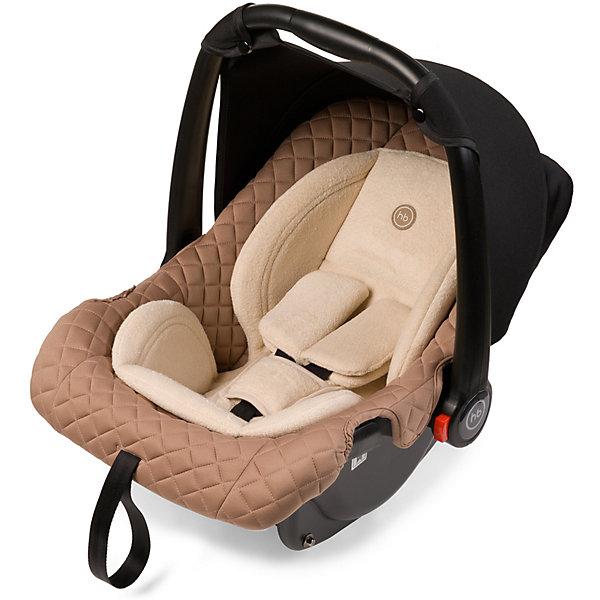 Автокресло Happy Baby Skyler, 0-13 кг, бежевыйГруппа 0+  (до 13 кг)<br>Элегантный внешний облик и стильный дизайн делают многофункциональное автокресло-переноску SKYLER незаменимым помощником для мамы в первый год жизни малыша. Где бы Вы не находились, ваш малыш всегда будет рядом в комфорте и безопасности. Небольшой вес люльки (всего 3кг.) и удобная мягкая накладка на ручке для переноски делают перемещение с малышом легким и простым. Комфорт в дороге обеспечивает вкладыш для новорожденного, солнцезащитный козырек.Благодаря полукруглому основанию удобно укачивать малыша, в качестве же ограничителя качания можно использовать ручку переноски, опустив ее вниз до упора. Мягкий дышащий вкладыш стоек к истиранию, прекрасно держит форму при сминании. Тканевый чехол прост в уходе, при необходимости легко снимается для стирки. Автокресло SKYLER без дополнительных адаптеров крепится к основанию прогулочной коляски ULTRA, что позволяет перемещать малыша, не тревожа его чуткий сон. Автокресло SKYLER крепится в автомобиле с помощью трехточечных штатных ремней безопасности и устанавливается лицом против хода движения автомобиля.<br><br>Дополнительная информация:<br><br>группа 0+( от 0 до 13 кг)<br>Размеры в разложенном виде ДхШхВ: 64,5x43,7x55,5 см<br>Ширина посадочного места с вкладкой/без вкладки: 23/25 см<br>Длинна спального места с вкладкой/без вкладки: 73/76 см<br>Вес автокресла: 3 кг<br>Кол-во положений спинки: 1<br>3-х точечные ремни безопасности с мягкими накладками<br>Съемный солнцезащитный тент<br>Полукруглое дно позволяет использовать как качалку<br>Ручка для переноски может использоваться как ограничитель качания и фиксируется в пяти положениях (положения не ограничены, есть 5 рекомендованных)<br>Защита от боковых ударов<br>Фиксатор натяжения ремня<br>Съемный чехол<br>Мягкий вкладыш-матрасик с анатомической вкладкой<br>Ткань отлично держит форму, отличается особым блеском и мягкостью<br>Устанавливается против движения.<br>В комплекте:  трикотажный тент<br><br> Автокре