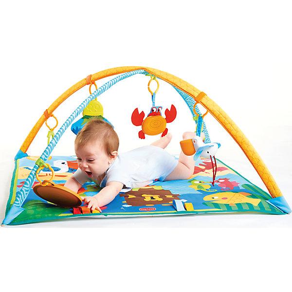 Коврик Морские приключения, Tiny LoveРазвивающие коврики<br>Коврик «Морские приключения» - удивительная конструкция для малышей, на которой можно лежать и ползать, рассматривать яркие рисунки и изучать предметы. <br>Сверху крепятся две большие дуги, на которых в разном порядке можно повесить красивые игрушки. Внизу есть колечко для круглого зеркала, в котором ребенок с удовольствием будет рассматривать себя. Все крепления передвижные, соответственно высоту зеркала и любой игрушки можно регулировать. Использовать развивающие коврики могут малыши разного возраста - самые крохотные будут лежать и развлекаться с подвешенными игрушками, а дети старше с удовольствием будут ползать и изучать встроенные шуршащие элементы.  По мере роста ребенка ему будет более интересен музыкальный краб, в котором записано 9 различных мелодий. У малыша будет развиваться музыкальное восприятие, а также понимание причинно-следственных связей.<br>Некоторые игрушки, подвешенные сверху, имеют пищащие и шуршащие элементы. <br>Продукция сертифицирована, экологически безопасна для ребенка, использованные красители не токсичны и гипоаллергенны.<br><br>Дополнительная информация:<br><br>- Материал: текстиль (хлопок, ПЭ), пластик. <br>- Размер: 110х110х45 см. <br>- Высота дуг коврика: 45 см.<br>- Комплектация: коврик, 2 съемные дуги, безопасное зеркало, музыкальный краб, прорезыватель, погремушка, подвесная игрушка.<br>- Можно стирать в стиральной машине (деликатный режим).<br>- Коврик легко собирать и разбирать. <br><br>Коврик Морские приключения, Tiny Love, можно купить в нашем магазине.<br><br>Ширина мм: 680<br>Глубина мм: 587<br>Высота мм: 60<br>Вес г: 1220<br>Возраст от месяцев: 0<br>Возраст до месяцев: 12<br>Пол: Унисекс<br>Возраст: Детский<br>SKU: 4589903