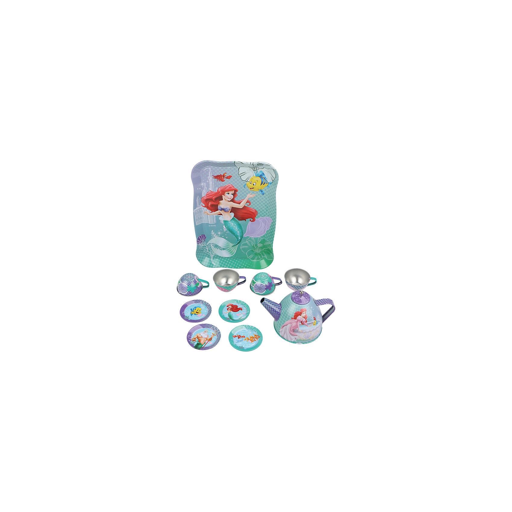 Набор чайной посуды Ариэль (11 предм., металл., в чемоданчике), Принцессы ДиснейГлавной особенностью набора является фирменное и красочное оформление, выполненное совместно с компанией Disney (Дисней). Каждый элемент тщательно проработан и детализирован – от упаковки до самого маленького блюдца.<br>Материал посуды – прочный, лёгкий металл, который не разобьётся во время игры.<br><br>Дополнительная информация:<br><br>Материал: металл<br>В набор чайной посуды Ариель входит 11 предметов: поднос, 4 блюдца, 4 чашки, чайник с крышкой<br><br>Набор чайной посуды Ариэль (11 предм., металл., в чемоданчике), Принцессы Дисней можно купить в нашем магазине.<br><br>Ширина мм: 260<br>Глубина мм: 20<br>Высота мм: 105<br>Вес г: 250<br>Возраст от месяцев: 36<br>Возраст до месяцев: 72<br>Пол: Женский<br>Возраст: Детский<br>SKU: 4590226