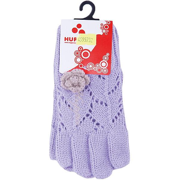 Перчатки Leila для девочки HuppaПерчатки, варежки<br>Характеристики товара:<br><br>• цвет: сиреневый<br>• состав: 100% акрил<br>• температурный режим: от +5°С до +15°С<br>• вязаный узор<br>• цветок контрастного цвета<br>• вязаная резинка<br>• декорированы вышивкой с логотипом<br>• комфортная посадка<br>• приятный на ощупь материал<br>• страна бренда: Эстония<br><br>Такие перчатки обеспечат детям тепло и комфорт. Они связаны из приятной на ощупь пряжи, изделие не колется и не натирает. Подкладка выполнена из дышащего и гипоаллергенного хлопка. Перчатки симпатично смотрятся, а дизайн и отделка добавляют им оригинальности. Модель была разработана специально для детей.<br><br>Одежда и обувь от популярного эстонского бренда Huppa - отличный вариант одеть ребенка можно и комфортно. Вещи, выпускаемые компанией, качественные, продуманные и очень удобные. Для производства изделий используются только безопасные для детей материалы. Продукция от Huppa порадует и детей, и их родителей!<br><br>Перчатки для девочки от бренда Huppa (Хуппа) можно купить в нашем интернет-магазине.<br><br>Ширина мм: 162<br>Глубина мм: 171<br>Высота мм: 55<br>Вес г: 119<br>Цвет: розовый<br>Возраст от месяцев: 24<br>Возраст до месяцев: 36<br>Пол: Женский<br>Возраст: Детский<br>Размер: 3,2,4<br>SKU: 4595731