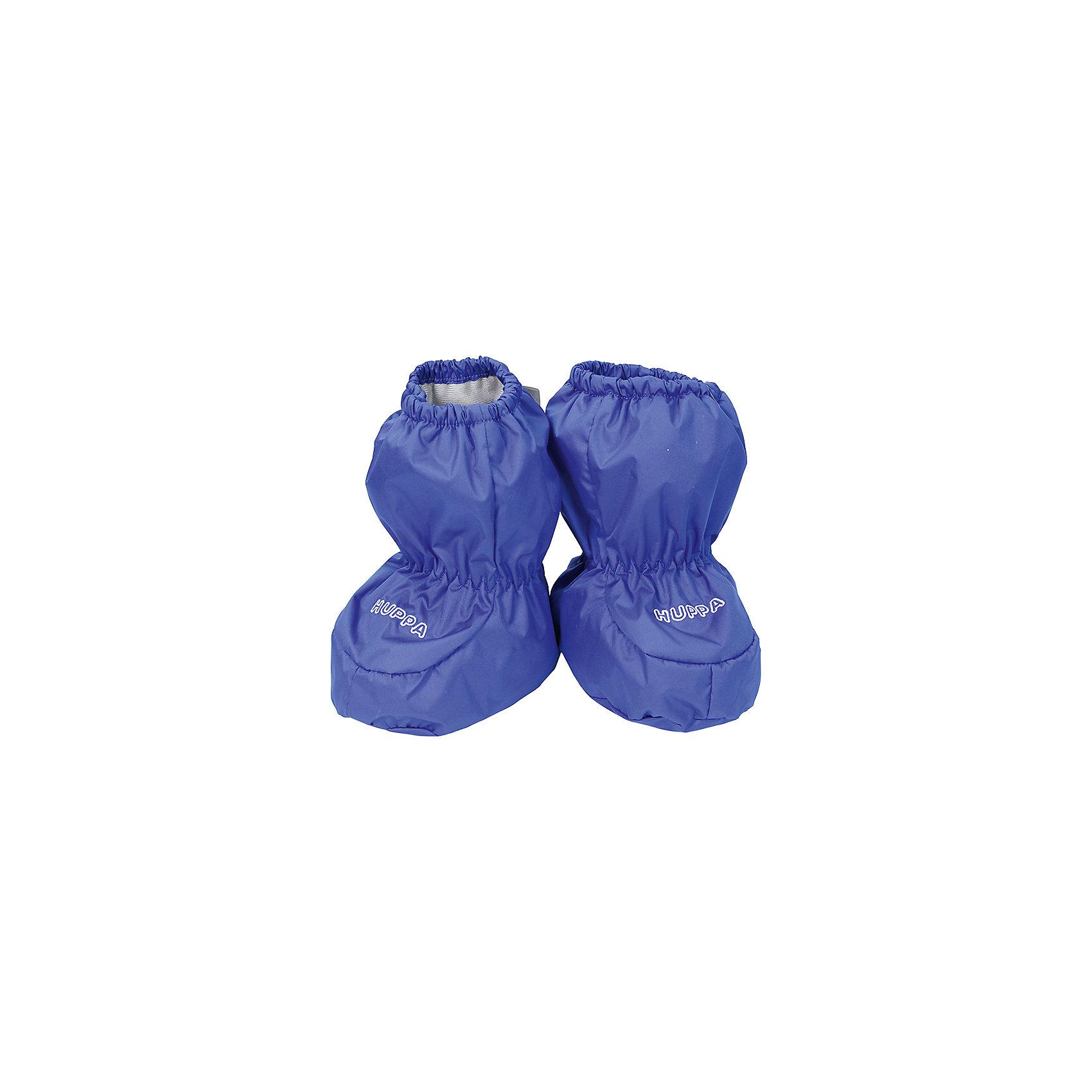 Пинетки для мальчика HuppaHuppaTherm 100 грамм<br>Высокотехнологичный лёгкий синтетический утеплитель нового поколения, сохраняет объём и высокую теплоизоляцию изделия, а также легко стирается и быстро сохнет.<br><br>Влагоустойчивая и дышащая ткань 5000/ 5000<br>Мембрана препятствует прохождению воды и ветра сквозь ткань внутрь изделия, позволяя испаряться выделяемой телом, образовывающейся внутри влаге.<br><br>Светоотражательные детали<br>При плохих погодных условиях или в темноте, когда свет падает на одежду, он отражается, делая ребёнка более заметным, уменьшая возможность несчастных случаев.<br><br>Дополнительная информация:<br><br>Температурный режим: от -5  до +5 С<br>Верх: 100% полиэстер<br>Подкладка: корал-флис (смесь хлопка и полиэстера)<br><br>Пинетки для мальчика Huppa можно купить в нашем магазине.<br><br>Ширина мм: 152<br>Глубина мм: 126<br>Высота мм: 93<br>Вес г: 242<br>Цвет: синий<br>Возраст от месяцев: 0<br>Возраст до месяцев: 12<br>Пол: Мужской<br>Возраст: Детский<br>Размер: one size<br>SKU: 4595866
