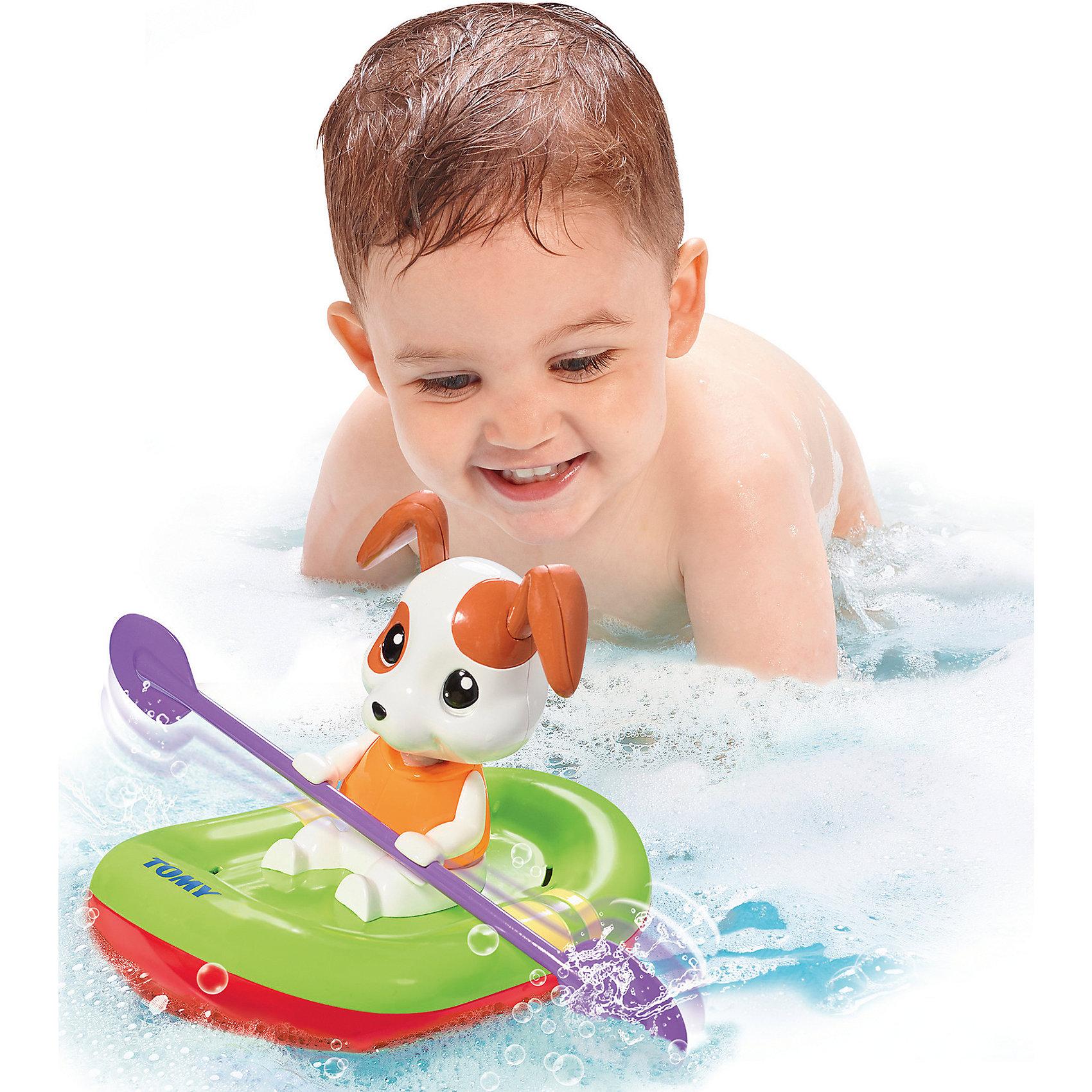 Игрушка для ванны Щенок на лодке, TOMYХарактеристики игрушку для ванны Щенок на лодке: <br><br>- возраст: от 10 месяцев<br>- пол: для мальчиков и девочек<br>- комплект: щенок, лодка.<br>- материал: пластик.<br>- размер упаковки: 21 * 21 * 19 см.<br>- упаковка: картонная коробка открытого типа.<br>- страна обладатель бренда: Великобритания.<br><br>Заводная игрушка для ванны Щенок в лодке поможет сделать процесс купания для малыша более увлекательным. Очаровательный щенок с висячими ушками сможет понравиться каждому ребенку. Эта собачка умеет грести и обожает плескаться. Достаточно сделать пару оборотов заводного механизма, после чего щенок начнет наворачивать круги по воде. Такая игрушка принесет море положительных эмоций малышу во время купания.<br><br>Игрушка для ванны Щенок на лодке торговой марки Tomy (Томи) можно купить в нашем интернет-магазине.<br><br>Ширина мм: 208<br>Глубина мм: 236<br>Высота мм: 215<br>Вес г: 358<br>Возраст от месяцев: 10<br>Возраст до месяцев: 36<br>Пол: Унисекс<br>Возраст: Детский<br>SKU: 4599020