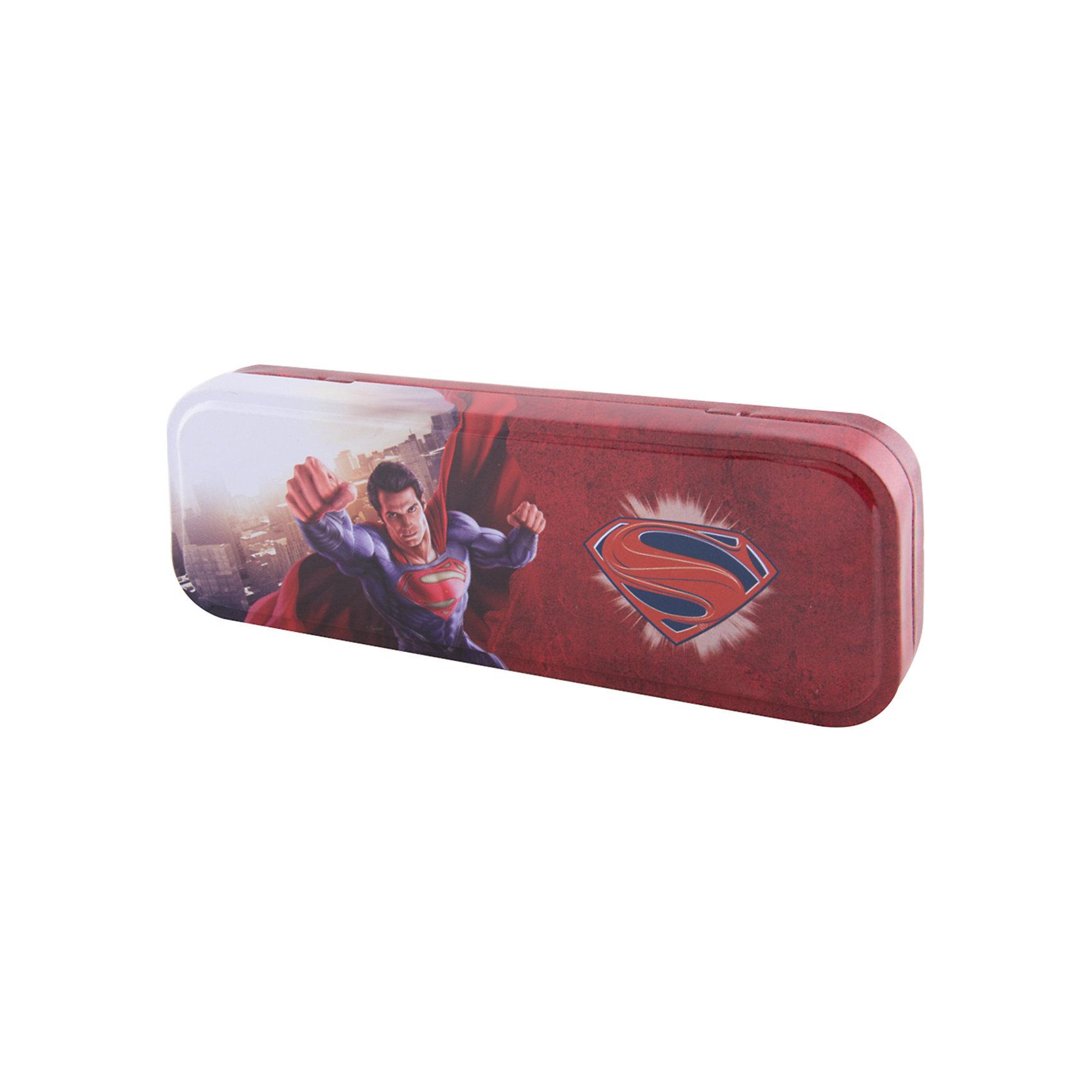 Пенал металлический Proff СуперменЯркие канцелярские принадлежности с привлекательным дизайном сделают школьные занятия веселее и поднимут настроение маленькому школьнику. Пенал Супермен (Superman) выполнен в красно-синей расцветке и украшен оригинальным принтом с изображением популярного супергероя. У пенала безопасные закругленные края, внутри 1 отделение с разделителем для канцпринадлежностей.<br><br>Дополнительная информация:<br><br>- Материал: металл.<br>- Размер: 19 х 5 х 3,5 см.<br>- Вес: 130 гр.<br><br>Пенал металлический Супермен (Superman), Proff, можно купить в нашем интернет-магазине.<br><br>Ширина мм: 210<br>Глубина мм: 30<br>Высота мм: 70<br>Вес г: 130<br>Возраст от месяцев: 84<br>Возраст до месяцев: 144<br>Пол: Мужской<br>Возраст: Детский<br>SKU: 4601803