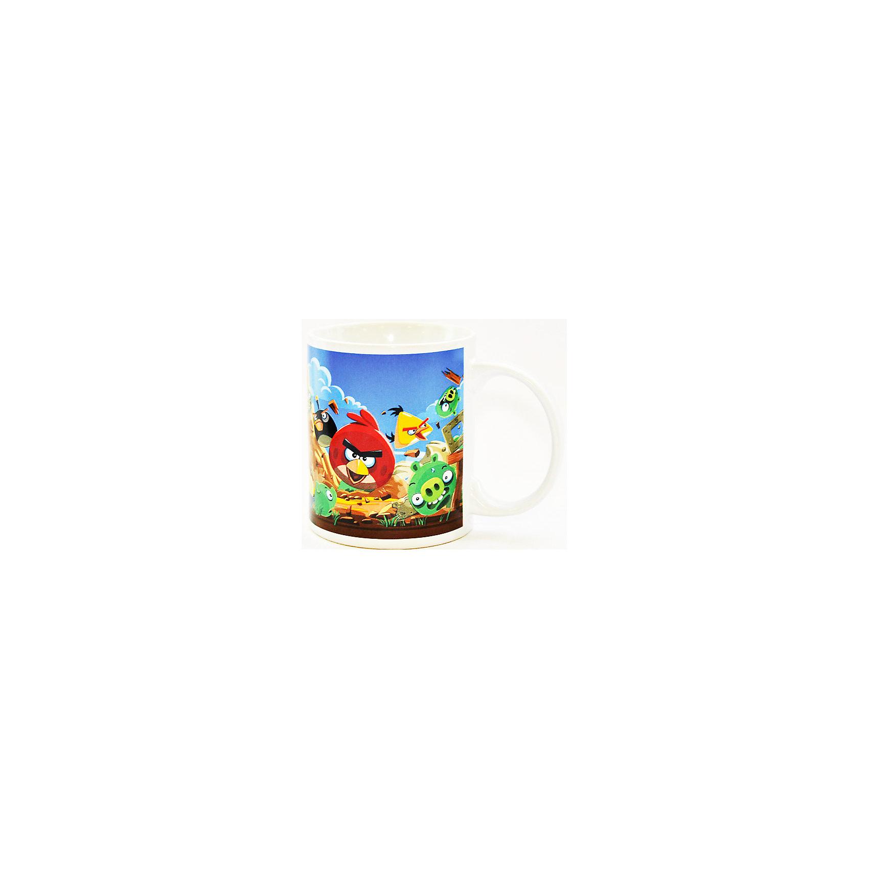 Керамическая кружка Птицы 300 мл, Angry BirdsКерамическая кружка Птицы 300 мл, Angry Birds - эта оригинальная кружка станет приятным сюрпризом для Вашего ребенка.<br>Яркая керамическая кружка с изображением героев популярнейшей игры Angry Birds идеально подойдет для повседневного использования. Кружка выполнена из износостойкой керамики, не впитывает запахи, не выделяет вредных веществ и проста в уходе. Она пригодна для мытья в посудомоечной машине и использования в микроволновой печи.<br><br>Дополнительная информация:<br><br>- Материал: керамика<br>- Объем: 300 мл.<br>- Высота: 9,5 см.<br>- Диаметр: 8 см.<br><br>Керамическую кружку Птицы 300 мл, Angry Birds можно купить в нашем интернет-магазине.<br><br>Ширина мм: 120<br>Глубина мм: 90<br>Высота мм: 100<br>Вес г: 350<br>Возраст от месяцев: 36<br>Возраст до месяцев: 144<br>Пол: Унисекс<br>Возраст: Детский<br>SKU: 4603853