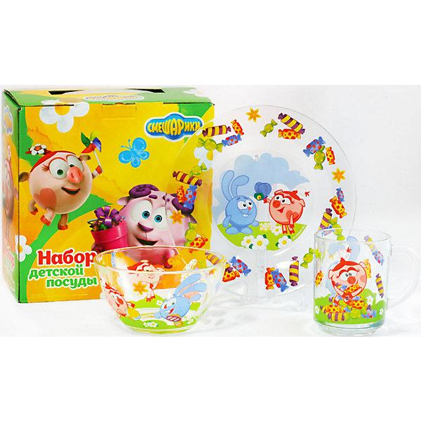 Набор посуды Конфеты (3 предмета, стекло), СмешарикиДетская посуда<br>Набор посуды Конфеты (3 предмета, стекло), Смешарики – посуда с героями мультсериала «Смешарики» порадует ребенка.<br>Набор красочной детской посуды Смешарики Конфеты выполненный из качественного стекла, идеально подойдет для повседневного использования. В комплект входят: кружка с удобной ручкой, салатник-супница, тарелка. Все предметы украшены яркими изображениями Кроша, Нюши, гуляющих на полянке, и конфет. С такой посудой привычная еда станет более вкусной и приятной, а кормление малыша превратится в веселую и интересную игру.<br><br>Дополнительная информация:<br><br>- В наборе: кружка, салатник-супница, тарелка<br>- Материал: стекло<br>- Диаметр тарелки: 19,5 см.<br>- Диаметр салатника-супницы: 12,5 см.<br>- Высота салатника-супницы: 5 см.<br>- Объем кружки: 250 мл.<br>- Диаметр кружки: 7 см.<br>- Высота кружки: 9 см.<br>- Упаковка: удобная, красочная картонная коробка<br>- Размер упаковки: 20,5 x 11,5 x 20,5 см.<br>- Вес: 960 гр.<br>- Пригодна для мытья в посудомоечной машине<br><br>Набор посуды Конфеты (3 предмета, стекло), Смешарики можно купить в нашем интернет-магазине.<br><br>Ширина мм: 205<br>Глубина мм: 110<br>Высота мм: 205<br>Вес г: 960<br>Возраст от месяцев: 36<br>Возраст до месяцев: 144<br>Пол: Унисекс<br>Возраст: Детский<br>SKU: 4603868