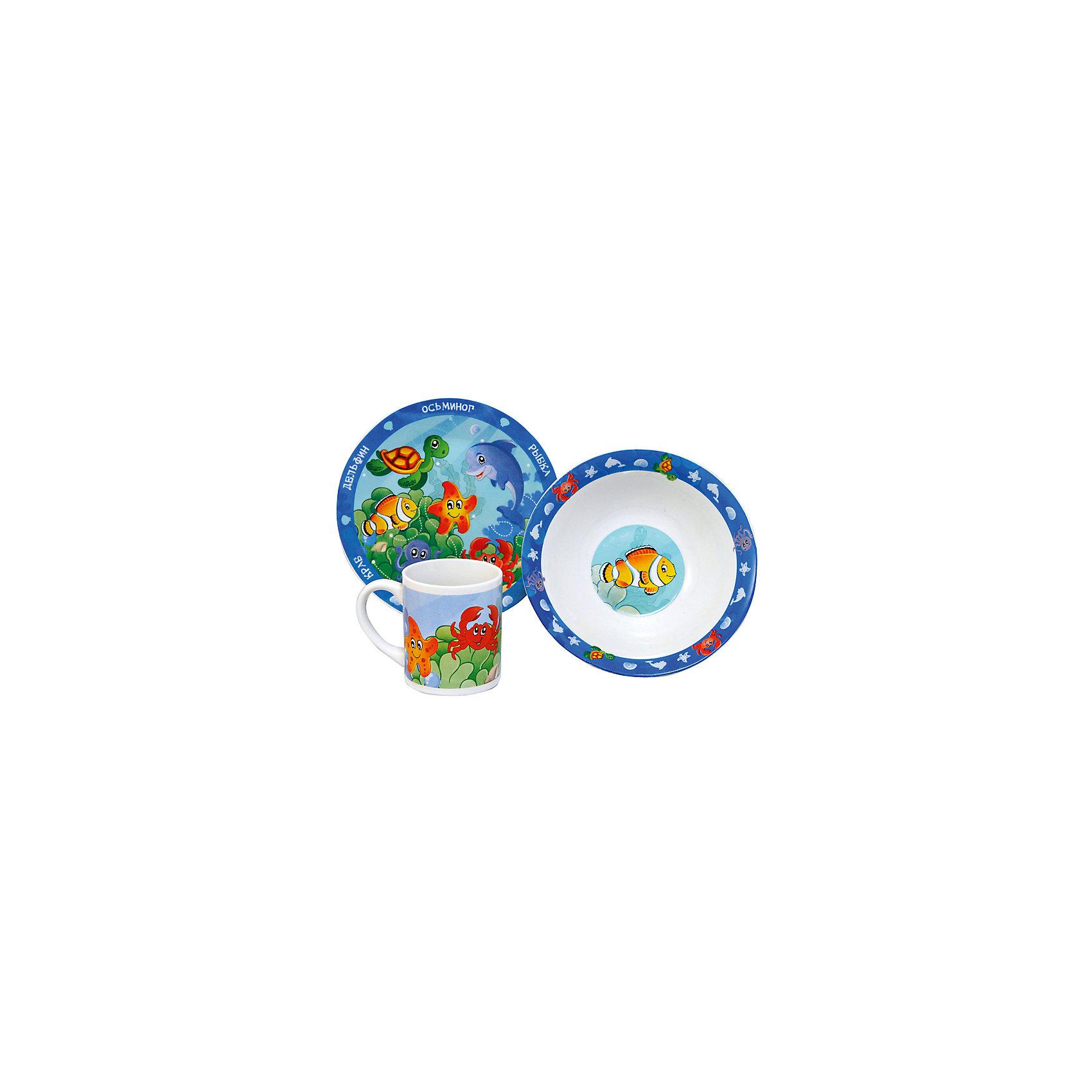 Набор Морские животные (3 предмета, керамика)Набор Морские животные (3 предмета, керамика) – эта яркая красочная посуда поднимет настроение вашему ребенку.<br>Набор красочной детской посуды Морские животные выполненный из качественной керамики, идеально подойдет для повседневного использования. В комплект входят: кружка с удобной ручкой, суповая тарелка, плоская тарелка для вторых блюд и десертов. Яркий набор выполнен в едином стиле, декорирован изображениями обитателей моря. С такой посудой привычная еда станет более вкусной и приятной, а кормление малыша превратится в веселую и интересную игру.<br><br>Дополнительная информация:<br><br>- В наборе: кружка, суповая тарелка, тарелка<br>- Материал: керамика<br>- Диаметр плоской тарелки для вторых блюд и десертов: 19 см.<br>- Диаметр суповой тарелки: 18 см.<br>- Объем кружки: 240 мл.<br>- Упаковка: подарочная коробка<br>- Размер упаковки: 25 x 8,5 x 20 см.<br>- Вес: 912 гр.<br>- Пригодна для мытья в посудомоечной машине<br><br>Набор Морские животные (3 предмета, керамика) можно купить в нашем интернет-магазине.<br><br>Ширина мм: 250<br>Глубина мм: 85<br>Высота мм: 200<br>Вес г: 912<br>Возраст от месяцев: 36<br>Возраст до месяцев: 144<br>Пол: Унисекс<br>Возраст: Детский<br>SKU: 4606791