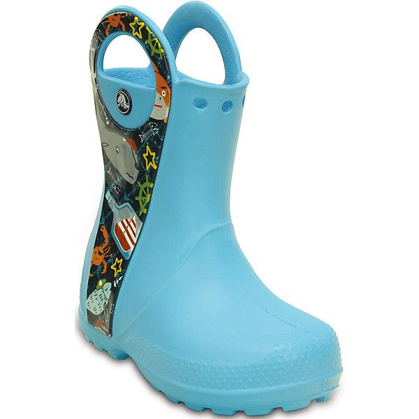 Резиновые сапоги Handle It Sea Life Boot K CrocsРезиновые сапоги<br>Характеристики товара:<br><br>• цвет: голубой<br>• материал: 100% полимер Croslite™<br>• непромокаемые<br>• температурный режим: от 0° до +20° С<br>• легко очищаются<br>• антискользящая подошва<br>• ручки<br>• толстая устойчивая подошва<br>• страна бренда: США<br>• страна изготовитель: Китай<br><br>Сапоги могут быть и стильными, и непромокаемыми! Для детской обуви крайне важно, чтобы она была удобной. Такие сапоги обеспечивают детям необходимый комфорт, а надежный материал не пропускает внутрь воду. Сапоги легко надеваются и снимаются, отлично сидят на ноге. Материал, из которого они сделаны, не дает размножаться бактериям, поэтому такая обувь препятствует образованию неприятного запаха и появлению болезней стоп. Данная модель особенно понравится детям - ведь в них можно бегать по лужам!<br>Обувь от американского бренда Crocs в данный момент завоевала широкую популярность во всем мире, и это не удивительно - ведь она невероятно удобна. Её носят врачи, спортсмены, звёзды шоу-бизнеса, люди, которым много времени приходится бывать на ногах - они понимают, как важна комфортная обувь. Продукция Crocs - это качественные товары, созданные с применением новейших технологий. Обувь отличается стильным дизайном и продуманной конструкцией. Изделие производится из качественных и проверенных материалов, которые безопасны для детей.<br><br>Резиновые сапоги от торговой марки Crocs можно купить в нашем интернет-магазине.<br>Ширина мм: 237; Глубина мм: 180; Высота мм: 152; Вес г: 438; Цвет: синий; Возраст от месяцев: -2147483648; Возраст до месяцев: 2147483647; Пол: Унисекс; Возраст: Детский; Размер: 30,28,34/35,29,31/32,27,23,25,26; SKU: 4616542;