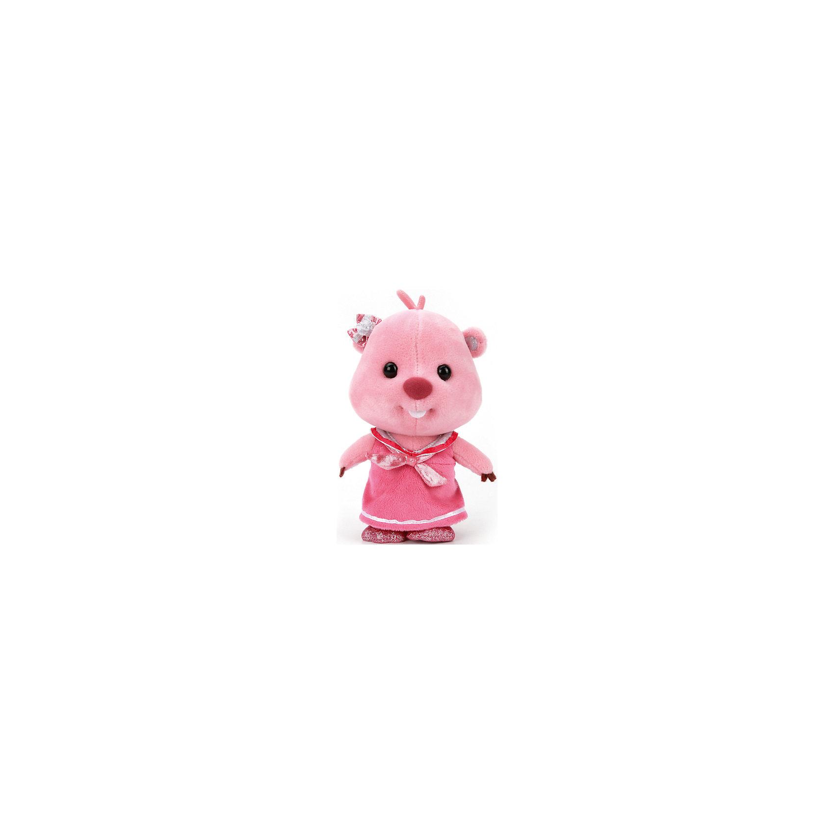Мягкая игрушка Луппи, 18 см, со звуком, Пингвиненок Пороро, МУЛЬТИ-ПУЛЬТИОчаровательная Лупи, героиня известного мультсериала Пингвиненок Пороро, обязательно понравится детям. Малышка - бобренок одета в розовое платьице с блестящим воротником, на ушке у нее красивый маленький бантик. Лупи очень мягкая и приятная на ощупь, к тому же знает много фраз, с ней не соскучишься! <br>Игрушка выполнена из высококачественных экологичных материалов безопасных для детей. <br><br>Дополнительная информация:<br><br>- Материал: пластик, текстиль, синтепон. <br>- Размер куклы: 18 см.<br>- Звуковые эффекты: фразы. <br>- Элемент питания: батарейки (в комплекте).<br><br>Мягкую игрушку Лупи, 18 см, со звуком, Пингвиненок Пороро, МУЛЬТИ-ПУЛЬТИ, можно купить в нашем магазине.<br><br>Ширина мм: 320<br>Глубина мм: 260<br>Высота мм: 380<br>Вес г: 110<br>Возраст от месяцев: 36<br>Возраст до месяцев: 96<br>Пол: Унисекс<br>Возраст: Детский<br>SKU: 4616810