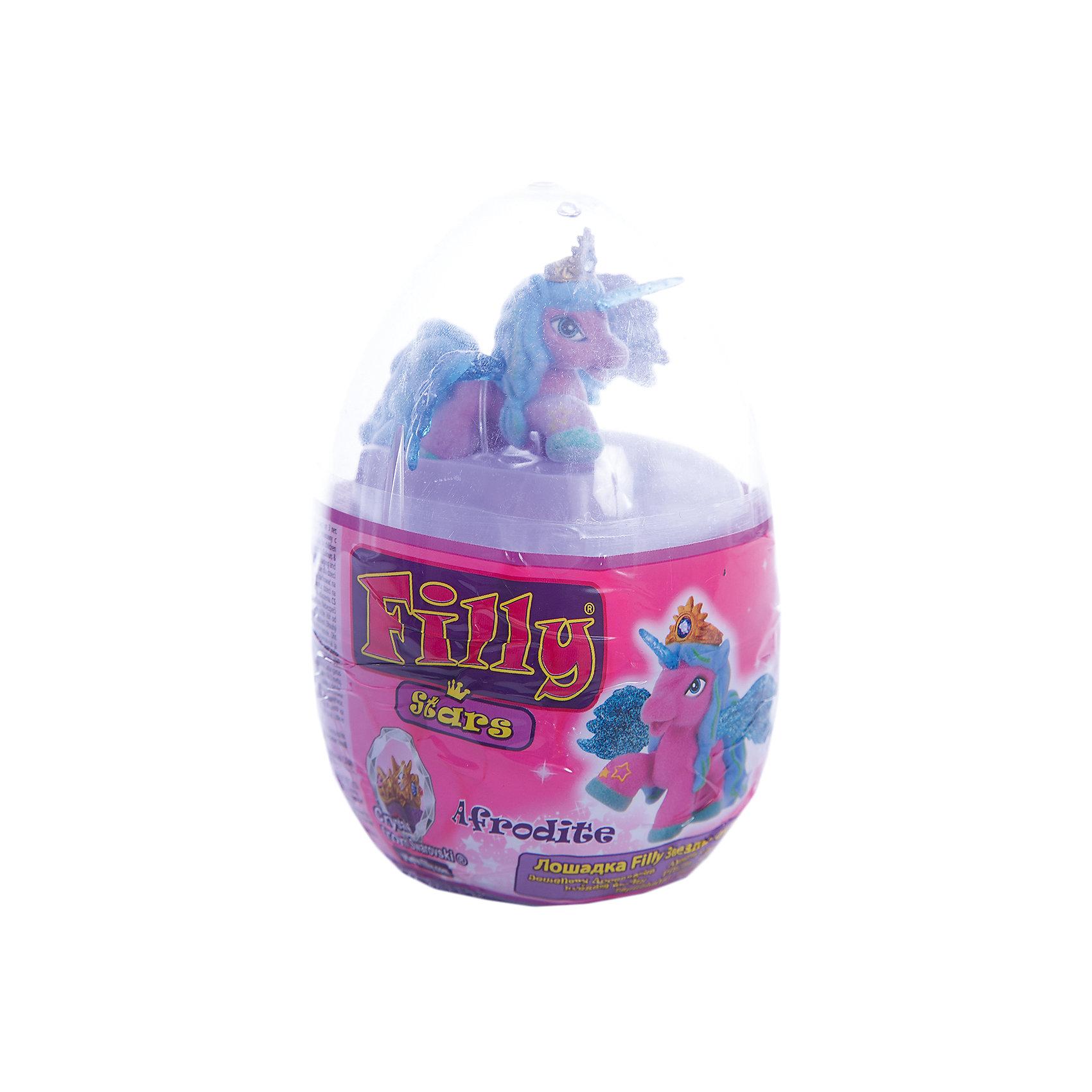 Набор Filly Звезды Afrodite, в яйце, DraccoКоллекционные и игровые фигурки<br>Новые лошадки Филли в необычной упаковке. В этом стильном прозрачном яйце очень удобно хранить и переносить любимые фигурки. <br>Главным отличием фигурок из серии Звезды являются крылья. Они приобрели иную более привлекательную форму, а также дизайн. Благодаря новым расцветками они блестят еще ярче.<br><br>Дополнительная информация:<br><br>В данный набор входит одна фигурка лошадки, два аксессуара, брошюра коллекционера, а также 4 листа с тематическими наклейками.<br>В новую линейку вошли 22 новых персонажей + 1 новый редкий герой. Все они принадлежат к 5 новым семействам лошадок. Среди них Семейство звездного света, Семейство небесного света, Семейство солнечного света и семейство сумеречного света. Персонажи из последнего пятого семейства (Семейство лунного света) появятся в продаже этой осенью.<br><br>Набор Filly Звезды Afrodite, в яйце, Dracco можно купить в нашем магазине.<br><br>Ширина мм: 45<br>Глубина мм: 180<br>Высота мм: 170<br>Вес г: 120<br>Возраст от месяцев: 36<br>Возраст до месяцев: 96<br>Пол: Женский<br>Возраст: Детский<br>SKU: 4618238