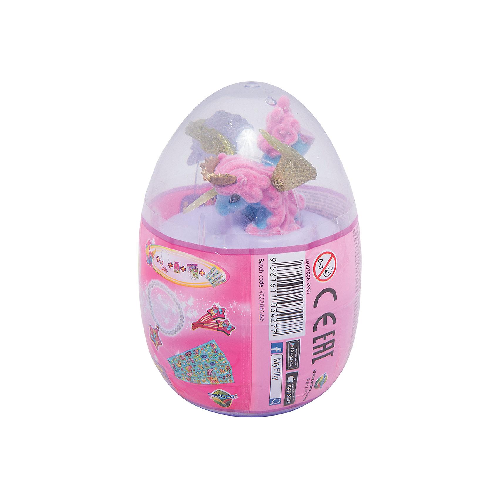 Набор Filly Звезды Phoenix, в яйце, DraccoНовые лошадки Филли в необычной упаковке. В этом стильном прозрачном яйце очень удобно хранить и переносить любимые фигурки. <br>Главным отличием фигурок из серии Звезды являются крылья. Они приобрели иную более привлекательную форму, а также дизайн. Благодаря новым расцветками они блестят еще ярче.<br><br>Дополнительная информация:<br><br>В данный набор входит одна фигурка лошадки, два аксессуара, брошюра коллекционера, а также 4 листа с тематическими наклейками.<br>В новую линейку вошли 22 новых персонажей + 1 новый редкий герой. Все они принадлежат к 5 новым семействам лошадок. Среди них Семейство звездного света, Семейство небесного света, Семейство солнечного света и семейство сумеречного света. Персонажи из последнего пятого семейства (Семейство лунного света) появятся в продаже этой осенью.<br><br>Набор Filly Звезды Phoenix, в яйце, Dracco  можно купить в нашем магазине.<br><br>Ширина мм: 45<br>Глубина мм: 180<br>Высота мм: 170<br>Вес г: 120<br>Возраст от месяцев: 36<br>Возраст до месяцев: 96<br>Пол: Женский<br>Возраст: Детский<br>SKU: 4618239