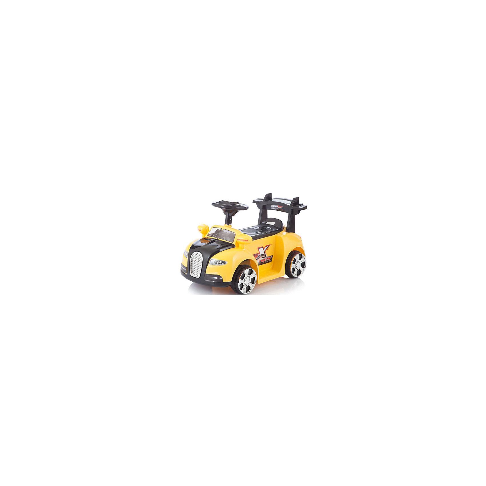Электромобиль Bugatti, жёлтый, JetemJetem (Жетем) Bugatti – электромобиль с посадкой, как у квадроцикла. Эта модель, основанная на узнаваемых деталях классического автомобиля, обязательно понравится юному водителю. Машина комплектуется пультом дистанционного управления, что позволяет родителям контролировать перемещение ребенка. Посадка, как у квадроцикла (сидение между ног), позволяет малышу еще быстрее и безопаснее слезать и залезать на него. <br><br>Дополнительная информация:<br><br>Машинка работает на 6v аккумуляторе, заряда которого хватает на 1,5 часа непрерывного катания. <br>Электромобиль может двигаться вперед и назад.<br>В руль вмонтирован модуль со множеством звуковых эффектов (требуются AA батарейки).<br>Аккумулятор: 6V <br>Время работы аккумулятора: до 1,5 часов<br>Время зарядки аккумулятора: 8-10 часов<br>Коробка передач: 1 скорость вперед, 1 скорость назад <br>Максимальная скорость: до 2,5 км/ч<br>Размеры: размеры электромобиля: 70x35x30 см<br>Максимальная нагрузка: 20 кг<br>Вес:5,5 кг <br>Дальность действия пульта: около 20 метров<br><br>Электромобиль Bugatti, жёлтый, Jetem (Жетем) можно купить в нашем магазине.<br><br>Ширина мм: 710<br>Глубина мм: 370<br>Высота мм: 320<br>Вес г: 7500<br>Возраст от месяцев: 36<br>Возраст до месяцев: 84<br>Пол: Унисекс<br>Возраст: Детский<br>SKU: 4618477