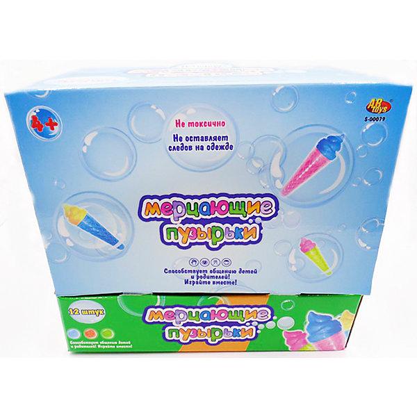 Мыльные пузыри Мерцающие пузырьки, 180 мл., ABtoysМыльные пузыри<br>Мыльные пузыри Мерцающие пузырьки, 180 мл., ABtoys (АБтойс) – эта забава развеселит и увлечет вашего ребенка.<br>Мерцающие мыльные пузыри от ABToys (АБтойс) абсолютно безвредны для здоровья. Мыльный состав помещен в стильную баночку, выполненную в виде мороженого, которую удобно держать в руках. Маленький непоседа, увлекшись процессом, может нечаянно пролить часть раствора. Но родителям совершенно не стоит беспокоиться - эта жидкость не щиплет глазки и не оставляет разводов на одежде.<br><br>Дополнительная информация:<br><br>- В комплекте: 1 баночка<br>- Объем: 180 гр.<br>- Цвет в ассортименте<br>- Материал: пластик, мыльная основа, красители<br>- ВНИМАНИЕ! Данный артикул представлен в разных вариантах исполнения. К сожалению, заранее выбрать определенный вариант невозможно. При заказе нескольких мыльных пузырей возможно получение одинаковых<br><br>Мыльные пузыри Мерцающие пузырьки, 180 мл., ABtoys (АБтойс) можно купить в нашем интернет-магазине.<br>Ширина мм: 256; Глубина мм: 195; Высота мм: 225; Вес г: 2700; Возраст от месяцев: 36; Возраст до месяцев: 192; Пол: Унисекс; Возраст: Детский; SKU: 4622670;
