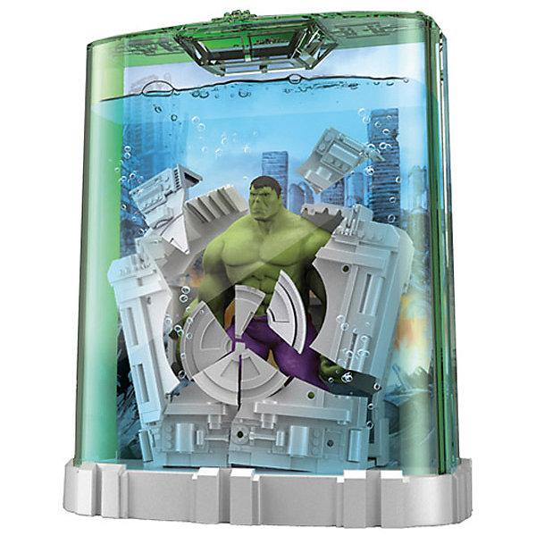 Трансформирующийся Халк, Uncle MiltonГерои комиксов<br>Трансформирующийся Халк, Uncle Milton, станет замечательным сюрпризом для всех поклонников фильмов и комиксов и Мстителях. Фигурка супергероя прекрасно детализирована и очень похожа на свой экранный персонаж. Игрушка помещена  в прозрачный пластиковый контейнер, который имитирует подводное хранилище. Добавьте в ёмкость воды и вы увидите, как Халк начнет расти - фигурка увеличивается в 4 раза от своего начального размера. Игрушка полностью увеличится в течении 5 дней. В комплект также входит плакат с изображением супергероя и подробная инструкция.<br><br>Дополнительная информация:<br><br>- В комплекте: фигурка Халка в прозрачном контейнере, плакат с изображением супергероя, инструкция.<br>- Материал: пластик, полимер.<br>- Размер упаковки: 26,7 х 26,7 х 7 см.<br>- Вес: 0,3 кг.<br> <br>Трансформирующегося Халка, Uncle Milton, можно купить в нашем интернет-магазине.<br><br>Ширина мм: 120<br>Глубина мм: 200<br>Высота мм: 50<br>Вес г: 290<br>Возраст от месяцев: 60<br>Возраст до месяцев: 180<br>Пол: Мужской<br>Возраст: Детский<br>SKU: 4627924