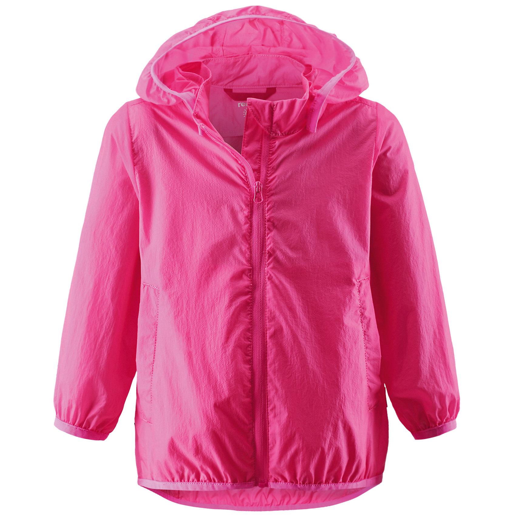 Куртка для девочки ReimaВерхняя одежда<br>Куртка от финской марки Reima.<br>*Куртка для малышей*Безопасный, съемный капюшон*Эластичная резинка на кромке капюшона, манжетах и подоле*Возможность сложить куртку в ее собственный карман*Два боковых кармана<br>Состав:<br>100% ПА<br><br>Ширина мм: 356<br>Глубина мм: 10<br>Высота мм: 245<br>Вес г: 519<br>Цвет: розовый<br>Возраст от месяцев: 6<br>Возраст до месяцев: 9<br>Пол: Женский<br>Возраст: Детский<br>Размер: 74,92,86,98,80<br>SKU: 4631354