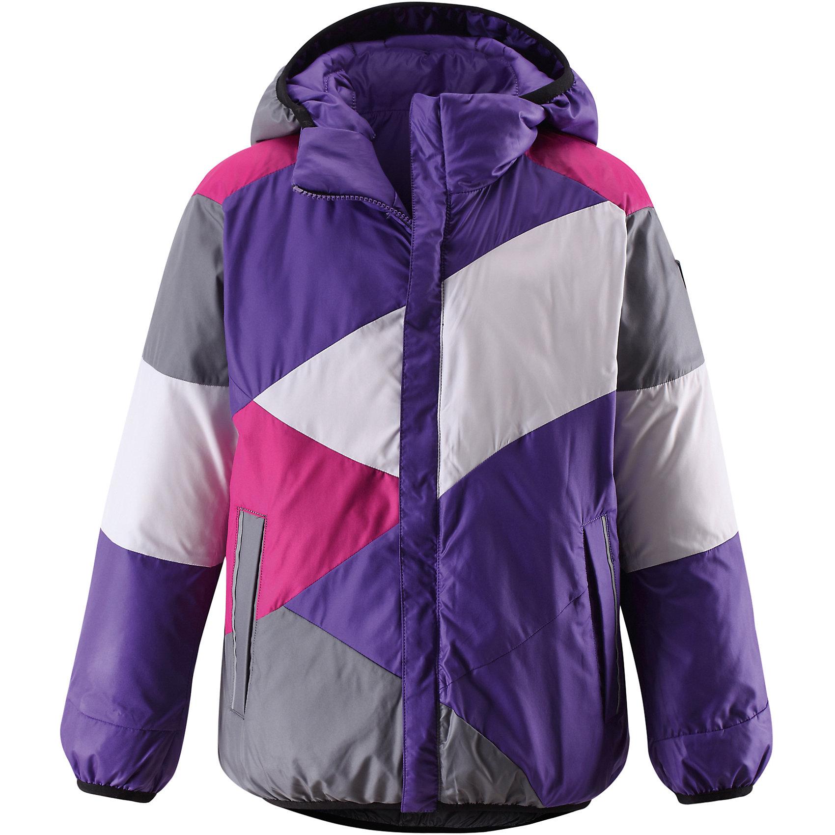 Куртка для девочки ReimaОдежда<br>Двусторонняя куртка для девочки от финской марки Reima.<br><br>Сегодня однотонная, а завтра яркая и разноцветная! Этот весёлый двусторонний пуховик для детей согреет любителей прогулок в морозные зимние деньки! Пошит из ветронепроницаемого и пропускающего воздух материала, который отталкивает грязь и влагу.<br><br>В этом пуховике вашему ребёнку будет сухо и тепло на прогулке. Традиционный пуховик прямого покроя со съёмным капюшоном, который защитит от зимнего ветра. На этой великолепной зимней куртке имеется множество светоотражающих деталей, например, светоотражающие канты на карманах. Съёмный капюшон обеспечивает дополнительную надёжность - если закреплённый кнопками капюшон зацепится за что-нибудь, он легко отстегнётся. Выберите свой любимый цвет среди модных в этом сезоне расцветок!<br>- Двусторонний пуховик для подростков<br>- Одна сторона однотонная, другая - разноцветная<br>- Карманы на молниях<br>- Эластичный кант на манжетах рукавов, по краю капюшона и подола<br>- Безопасный съёмный капюшон<br><br>Состав:<br>100% ПЭ<br><br>Ширина мм: 356<br>Глубина мм: 10<br>Высота мм: 245<br>Вес г: 519<br>Цвет: лиловый<br>Возраст от месяцев: 72<br>Возраст до месяцев: 84<br>Пол: Женский<br>Возраст: Детский<br>Размер: 122,140,164,158,152,146,134,128,116,104,110<br>SKU: 4632051