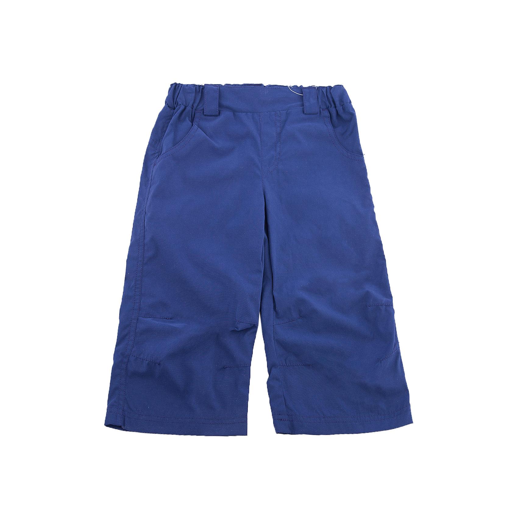 Бриджи LASSIEБриджи LASSIE (Ласси), синий от известного финского производителя теплой детской одежды Reima. Бриджи выполнены из сочетания полиэстера и хлопка, обладают высокой износоустойчивостью, водооталкивающими и грязеотталкивающими свойствами. Изделие устойчиво к изменению формы и цвета даже при длительном использовании. Форма бриджей выполнена в классическом стиле: прямые брючины, широкий пояс на резинке, на котором имеются шлевки для ремня, боковые карманы и имитация ширинки. В бриджах удобно и комфортно даже во время активных уличных игр.<br><br>Дополнительная информация:<br><br>- Предназначение: повседневная одежда<br>- Цвет: синий<br>- Пол: для мальчика<br>- Состав: 60% полиэстер, 40% хлопок<br>- Сезон: весна-осень<br>- Особенности ухода: стирать, предварительно вывернув изделие на левую сторону, не использовать отбеливающие вещества<br><br>Подробнее:<br><br>• Для детей в возрасте: от 7 лет и до 8 лет<br>• Страна производитель: Китай<br>• Торговый бренд: Reima, Финляндия<br><br>Бриджи LASSIE (Ласси), синий можно купить в нашем интернет-магазине.<br><br>Ширина мм: 215<br>Глубина мм: 88<br>Высота мм: 191<br>Вес г: 336<br>Цвет: синий<br>Возраст от месяцев: 36<br>Возраст до месяцев: 48<br>Пол: Унисекс<br>Возраст: Детский<br>Размер: 104,128,92,140,98,110,134,122,116<br>SKU: 4632733