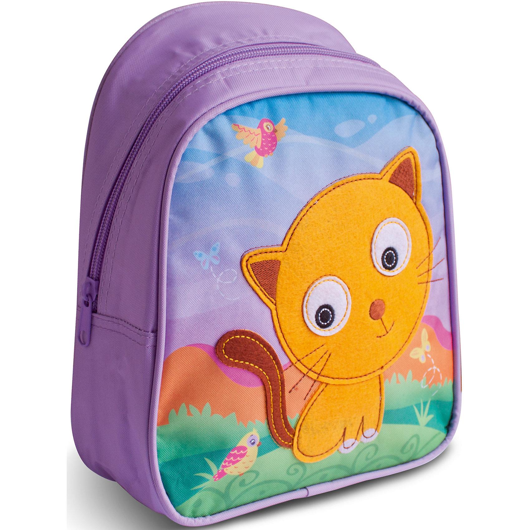 Дошкольный рюкзак КотДетские рюкзаки<br>Очаровательный рюкзачок «Кот» от компании «РОСМЭН» – это невероятно привлекательный аксессуар для вашего малыша. В его внутреннем отделении на молнии легко поместятся не только игрушки, но даже тетрадка или книжка. Благодаря регулируемым лямкам, рюкзачок подходит детям любого роста. Удобная ручка помогает носить аксессуар в руке или размещать на вешалке. Изделие изготовлено из износостойкой, водонепроницаемой ткани, поэтому оно будет служить долгое время, сохраняя положенные в него вещи сухими даже в дождливую погоду. Рюкзачок декорирован аппликацией из фетра в виде милого котика, вышивкой и цветным принтом (сублимированной печатью). Размер: 23х19х8 см.<br><br>Ширина мм: 255<br>Глубина мм: 210<br>Высота мм: 25<br>Вес г: 153<br>Возраст от месяцев: 36<br>Возраст до месяцев: 72<br>Пол: Унисекс<br>Возраст: Детский<br>SKU: 4635131