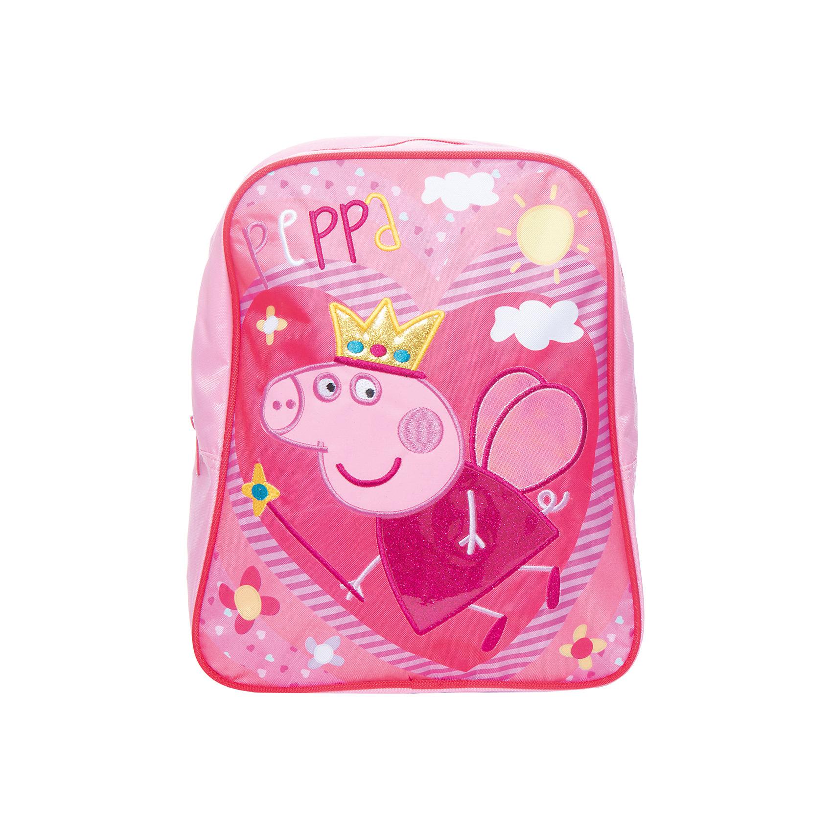 Дошкольный рюкзак Свинка ПеппаСвинка Пеппа<br>Яркий и стильный рюкзачок ТМ «Свинка Пеппа» идеально подойдет вашей маленькой моднице. Удобный и вместительный, он обязательно пригодится для прогулок, занятий в кружке или спортивной секции. В его внутреннем отделении на молнии легко поместятся все необходимые вещи, в том числе предметы формата А4. Мягкие регулируемые лямки берегут плечи малышки от натирания. Удобная ручка помогает носить аксессуар в руке или размещать на вешалке. Изделие изготовлено из износостойкой, водонепроницаемой ткани, поэтому оно будет служить долгое время, сохраняя положенные в него вещи сухими даже в дождливую погоду. Рюкзачок декорирован блестящей аппликацией PVC в виде Свинки Пеппы, вышивкой и ярким принтом (сублимированной печатью). Размер: 30х25х12,5 см.<br><br>Ширина мм: 315<br>Глубина мм: 265<br>Высота мм: 20<br>Вес г: 250<br>Возраст от месяцев: 36<br>Возраст до месяцев: 96<br>Пол: Женский<br>Возраст: Детский<br>SKU: 4635152