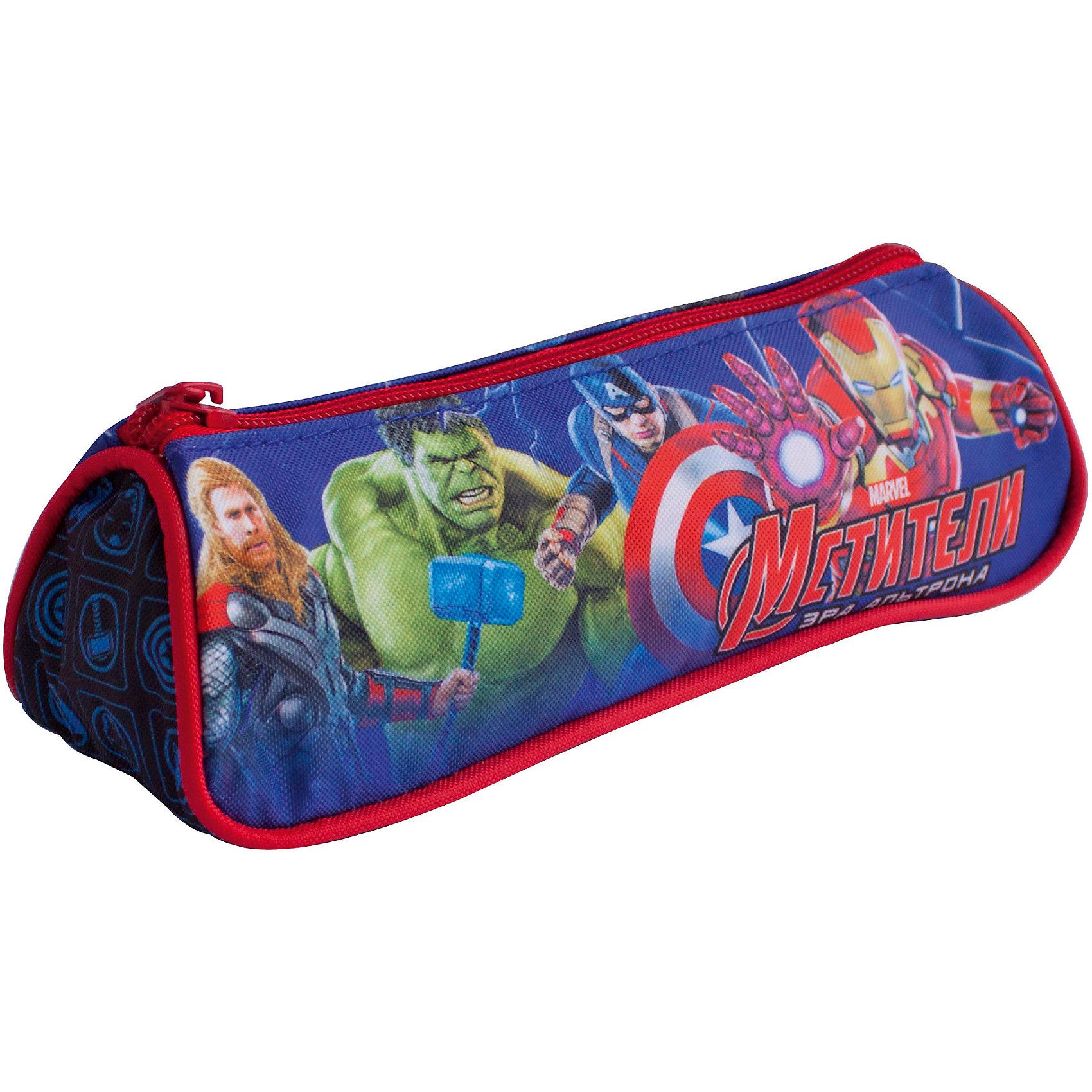 Пенал Команда, МстителиСтильный треугольный пенал Marvel «Мстители» – это супермодный аксессуар, который надежно сохранит все мелкие школьные принадлежности в целости и сохранности, защитив их от влаги. Аксессуар изготовлен из износостойкой, водонепроницаемой ткани, поэтому служить будет долго. Изделие декорировано стильным принтом (сублимированной печатью). Размер: 20х6х7 см.<br><br>Ширина мм: 205<br>Глубина мм: 75<br>Высота мм: 35<br>Вес г: 53<br>Возраст от месяцев: 36<br>Возраст до месяцев: 144<br>Пол: Мужской<br>Возраст: Детский<br>SKU: 4635166
