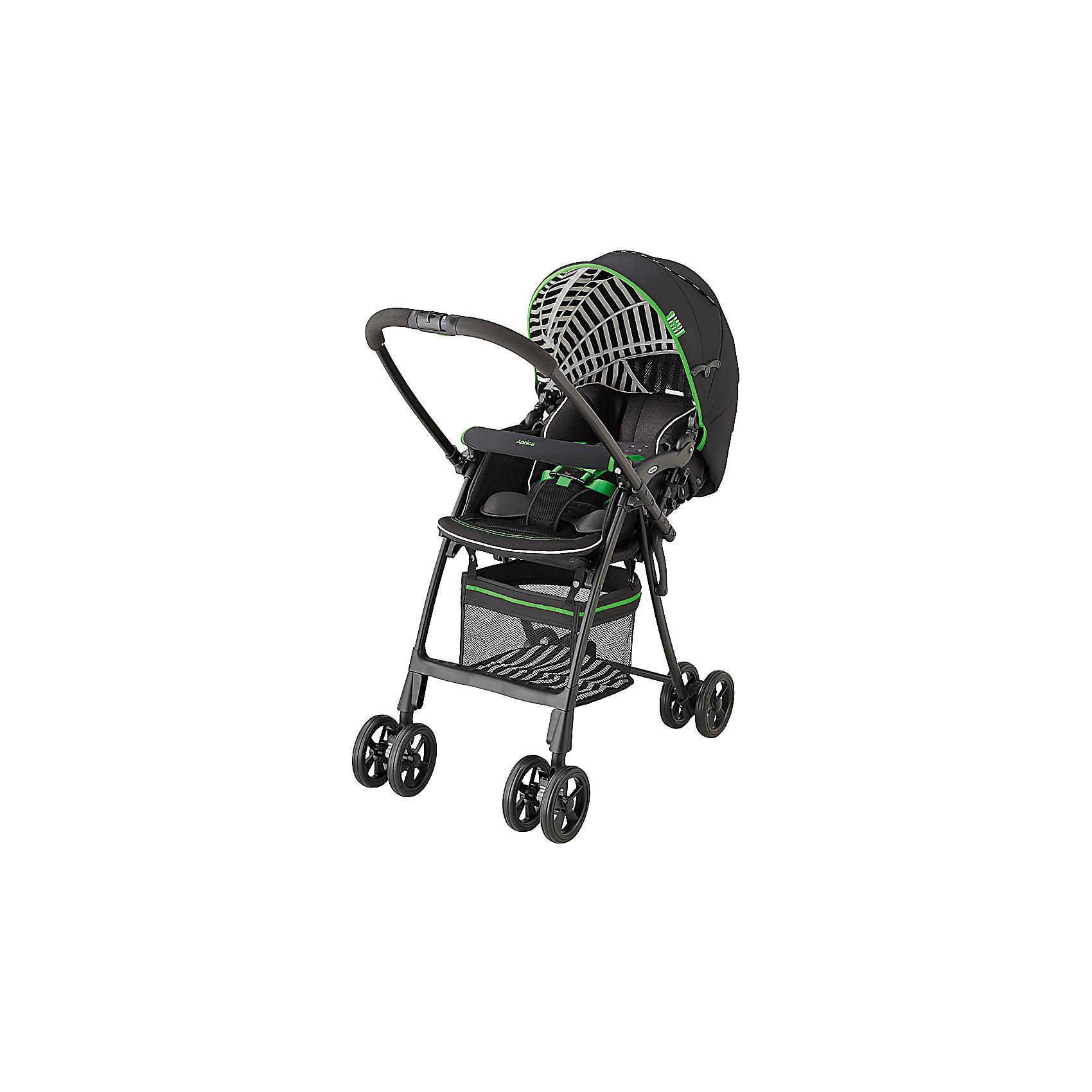 Прогулочная коляска Aprica FlyLe netro stripe, черныйПрогулочные коляски<br>Очень легкая коляска с перекидной ручкой и капюшоном, раскладывающимся до бампера. Невероятно легкая и компактная, вес коляски всего 5 кг. Коляска складывается одной рукой, стоит в сложенном виде, очень компактна в сложенном виде. Коляска предназначена для использования с рождения. Имеется анатомический вкладыш для младенца, защищает и поддерживает в правильном положении головку и тело новорожденного. Мягкое зефирное сидение с системой анти-шок - защита от тряски при езде.<br>В коляске Flyle используется уникальный запатентованный материал Breath air, с исключительной способностью поглощения вибрации и паропроницаемостью.<br>НОВОЕ: Матрасик-вкладыш с BreathAir легко снимать, легко стирать! (машинная стирка при 30 градусах).<br>Большой капюшон с вентилируемыми вставками, можно трансформировать в тент от солнца. Капюшон отражает УФ лучи.<br>На обратной стороне сидения имеется специальный отражатель, оберегающий от солнечных и тепловых излучений дорожного покрытия, предотвращая перегрев малыша. Такая система терморегуляции позволяет поддерживать оптимальную температуру тела ребенка при любой погоде.<br>Пятиточечные ремни безопасности регулируются по высоте в зависимости от роста ребенка, легко трансформируются в трехточечные.<br><br>Дополнительная информация:<br><br>Телескопическая регулируемая подножка.<br>2 пары поворотных колес с возможностью фиксации.<br>Специальная система амортизации колес.<br>Специальная система крепления колес, колеса легко преодолевают любые препятствия. <br>Тормоз на каждом заднем колесе.<br>Комплектация: Прогулочный блок, Рама, 5-точечные внутренние ремни<br>Высокое сиденье 53 см от земли.<br>Вес ребенка до 15 кг<br>Тип складывания: книжка<br>Регулировка спинки: есть, в диапазоне: 120-170°<br>Горизонтальное положение спинки: нет<br>Перекидная ручка: есть<br>Внутренние ремни: 5 точечные<br>Съемные анатомические подушки: есть<br>Корзина для вещей: есть<br>Материал напо