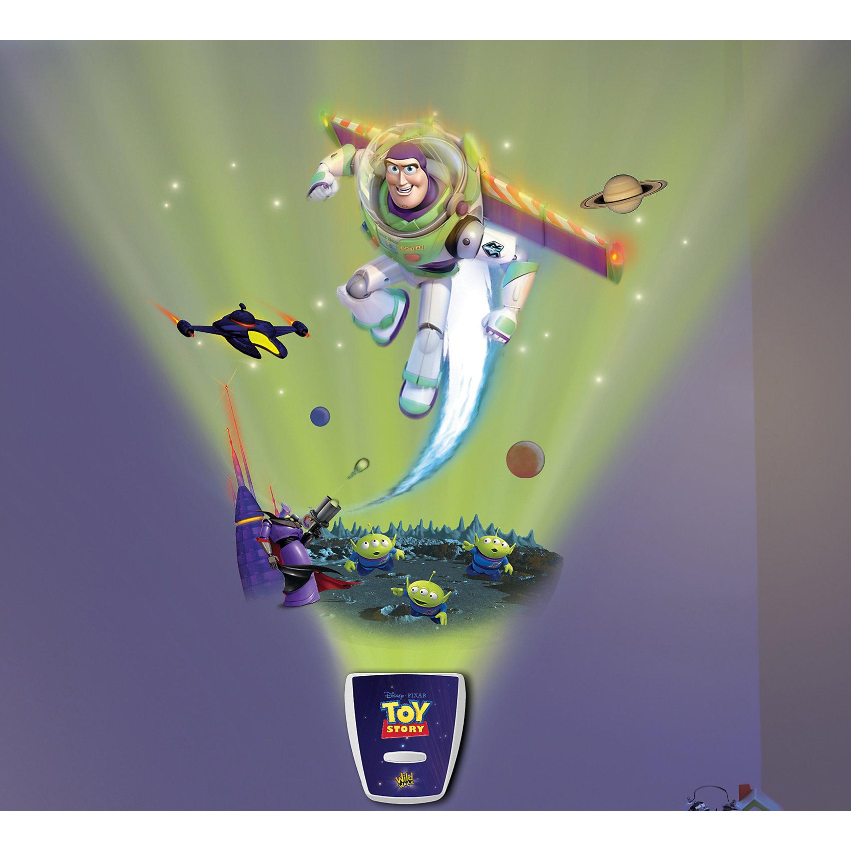 Настенный проектор История игрушек. Звездная командаЛампы, ночники, фонарики<br>Настенный проектор История игрушек. Звездная команда – это светильник-проектор с реалистичными звуковыми и световыми эффектами.<br>Настенный проектор, изображающий сцену из мультфильма История игрушек с Баззом Лайтером, украсит детскую комнату и сможет заменить ночник! Проектор состоит из двух частей: активатора и многоразовых наклеек. Красочные наклейки можно размещать многократно в разных комбинациях на стене комнаты. Для достижения четкого и яркого изображения необходимо закрепить активатор на расстоянии 1-1,5 метра от пола и создать в комнате полную темноту. Активатор не только осветит небольшой участок помещения, но и с помощью световых и звуковых эффектов, имитирующих звездное сияние и космические звуки, и визуального видения лидера игрушек Базза Лайтера, позволит погрузиться в атмосферу любимого мультфильма. Можно включить режим свечения со звуком или режим свечения без звука (переключаются вручную кнопкой). Отключаться проектор может автоматически после 5, 10 или 20 минут непрерывной работы.<br><br>Дополнительная информация:<br><br>- Возраст: 5+<br>- В комплекте: активатор, красочные наклейки, инструкция<br>- Диаметр светового эффекта: 6 м?<br>- Длина самой большой наклейки: 47 см.<br>- Батарейки: 3 типа АА (входят в комплект)<br>- Размер упаковки: 8х41х25 см.<br>- Вес: 600 гр.<br><br>Настенный проектор История игрушек. Звездная команда можно купить в нашем интернет-магазине.<br><br>Ширина мм: 8<br>Глубина мм: 41<br>Высота мм: 25<br>Вес г: 600<br>Возраст от месяцев: 60<br>Возраст до месяцев: 168<br>Пол: Унисекс<br>Возраст: Детский<br>SKU: 4639630