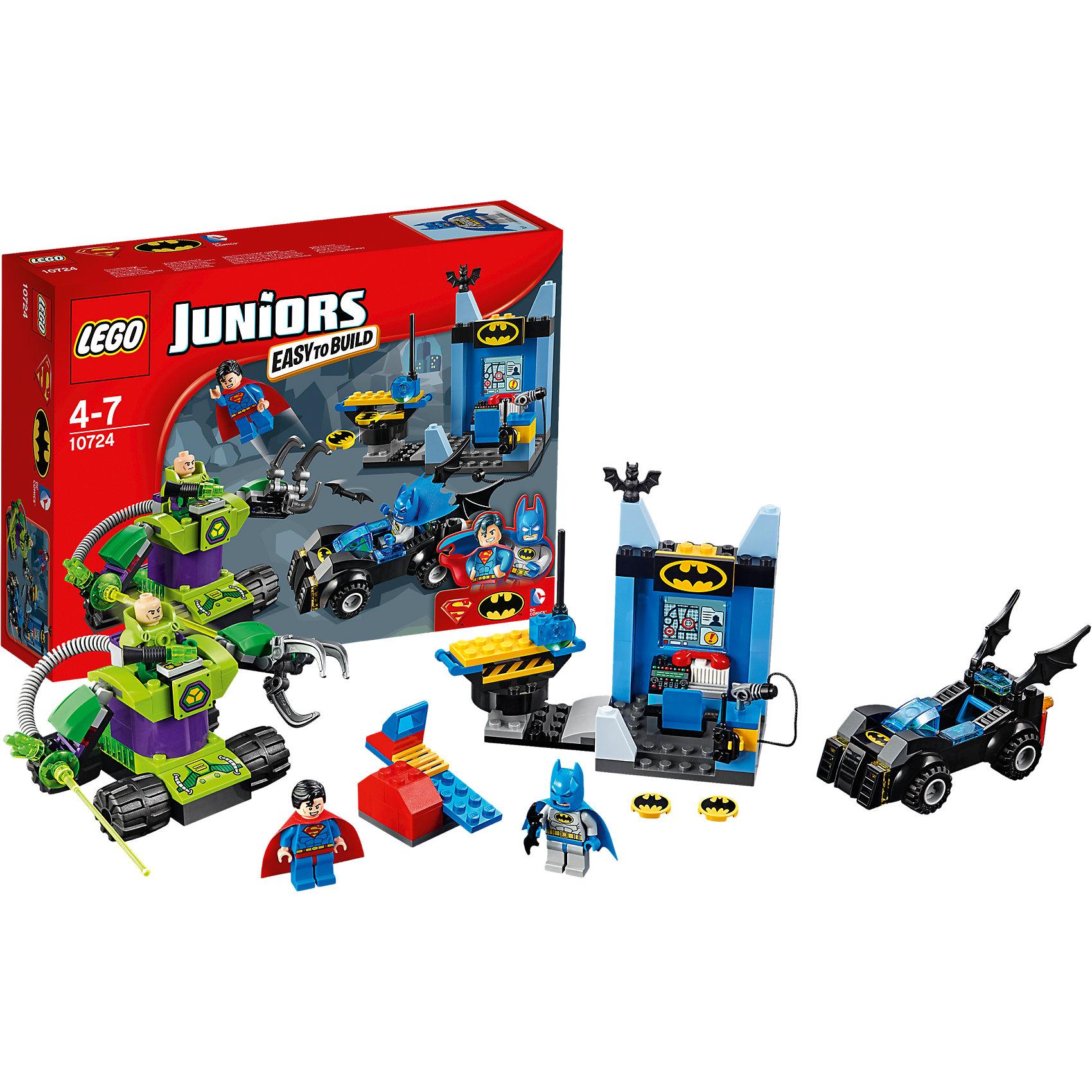 LEGO Juniors 10724: Бэтмен и Супермен против Лекса ЛютораБэтмена и Супермена обожает множество современных мальчишек, поэтому набор Лего, из которого можно собрать разные сюжеты про его подвиги, обязательно порадует ребенка. Такие игрушки помогают детям развивать воображение, мелкую моторику, логику и творческое мышление.<br>Набор состоит из множества деталей, с помощью которых можно  собрать транспорт для супергероев, а также в нем есть фигурки любимых персонажей! С таким комплектом можно придумать множество игр!<br><br>Дополнительная информация:<br><br>цвет: разноцветный;<br>размер коробки: 26 х 19 х 6 см;<br>вес: 350 г;<br>материал: пластик;<br>количество деталей: 164.<br><br>Набор Бэтмен и Супермен против Лекса Лютора от бренда LEGO Juniors можно купить в нашем магазине.<br><br>Ширина мм: 265<br>Глубина мм: 192<br>Высота мм: 66<br>Вес г: 367<br>Возраст от месяцев: 48<br>Возраст до месяцев: 84<br>Пол: Мужской<br>Возраст: Детский<br>SKU: 4641210