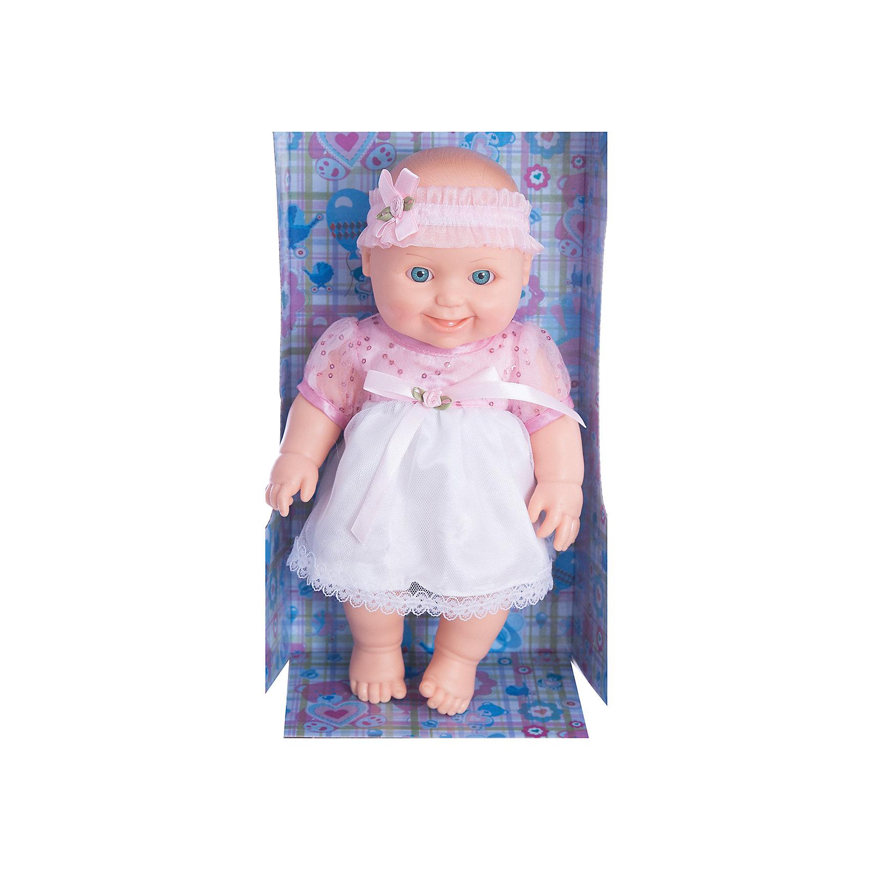Кукла Малышка 10, пластмассовая, 31 см, ВеснаИгрушки от компании Весна - это простой способ порадовать ребенка! Кукла для девочки - это не только игрушка, с которой можно весело провести время, кукла - это возможность отрабатывать навыки поведения в обществе, учиться заботе о других, делать прически и одеваться согласно моде и поводу.<br>Эта красивая кукла-пупс только симпатично выглядит, она дополнена модным нарядом! У нее двигаются руки и ноги. Такая кукла запросто может стать самой любимой игрушкой! Произведена из безопасных для ребенка и качественных материалов.<br><br>Дополнительная информация:<br><br>цвет: разноцветный;<br>материал: пластик, текстиль;<br>комплектация: кукла, одежда;<br>высота: 31 см.<br><br>Куклу Малышка 10, пластмассовая, 31 см, от компании Весна можно купить в нашем магазине.<br><br>Ширина мм: 335<br>Глубина мм: 350<br>Высота мм: 205<br>Вес г: 460<br>Возраст от месяцев: 36<br>Возраст до месяцев: 120<br>Пол: Женский<br>Возраст: Детский<br>SKU: 4642027
