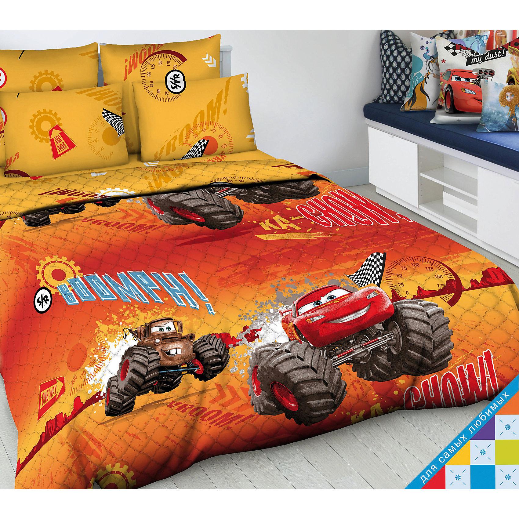 Покрывало Молния Маккуин 1,5-спальное, ВасилекПокрывало Молния Маккуин 1,5-спальное, Василек - эффектно дополнит интерьер комнаты вашего ребенка и создаст атмосферу уюта.<br>Волшебное, невероятно красивое стёганое покрывало Молния Маккуин с героями мультсериала Тачки, несомненно, будет по душе вашему малышу. Яркие и сочные краски заиграют в детской комнате по-новому, даря ей уют и привлекательность, увлекая в мир любимых персонажей. Полутораспальное покрывало может использоваться в качестве легкого одеяла. Оно хорошо сохраняет тепло и прекрасно пропускает воздух. Порывало гипоаллергенно, изготовлено из бязи (100% хлопок) с применением натуральных красителей. Наполнитель покрывала -силиконизированное волокно. Легкие и теплые изделия с этим наполнителем легко стираются, быстро высыхают и сохраняют свои свойства после длительной эксплуатации. Единичная составляющая волокна имеет вид спиральной пружины. Это свойство позволяет волокну, в отличие от других материалов быстро восстанавливать свою форму после смятия, иметь высокую стойкость к сохранению своей формы с течением времени. Стёганое покрывало Молния Маккуин восхищает своей безупречностью и качеством исполнения.<br><br>Дополнительная информация:<br><br>- Размер: 145х205 см.<br>- Материал верха: бязь<br>- Наполнитель: силиконизированное волокно<br><br>Покрывало Молния Маккуин 1,5-спальное, Василек можно купить в нашем интернет-магазине.<br><br>Ширина мм: 380<br>Глубина мм: 80<br>Высота мм: 280<br>Вес г: 1200<br>Возраст от месяцев: 36<br>Возраст до месяцев: 84<br>Пол: Мужской<br>Возраст: Детский<br>SKU: 4645555