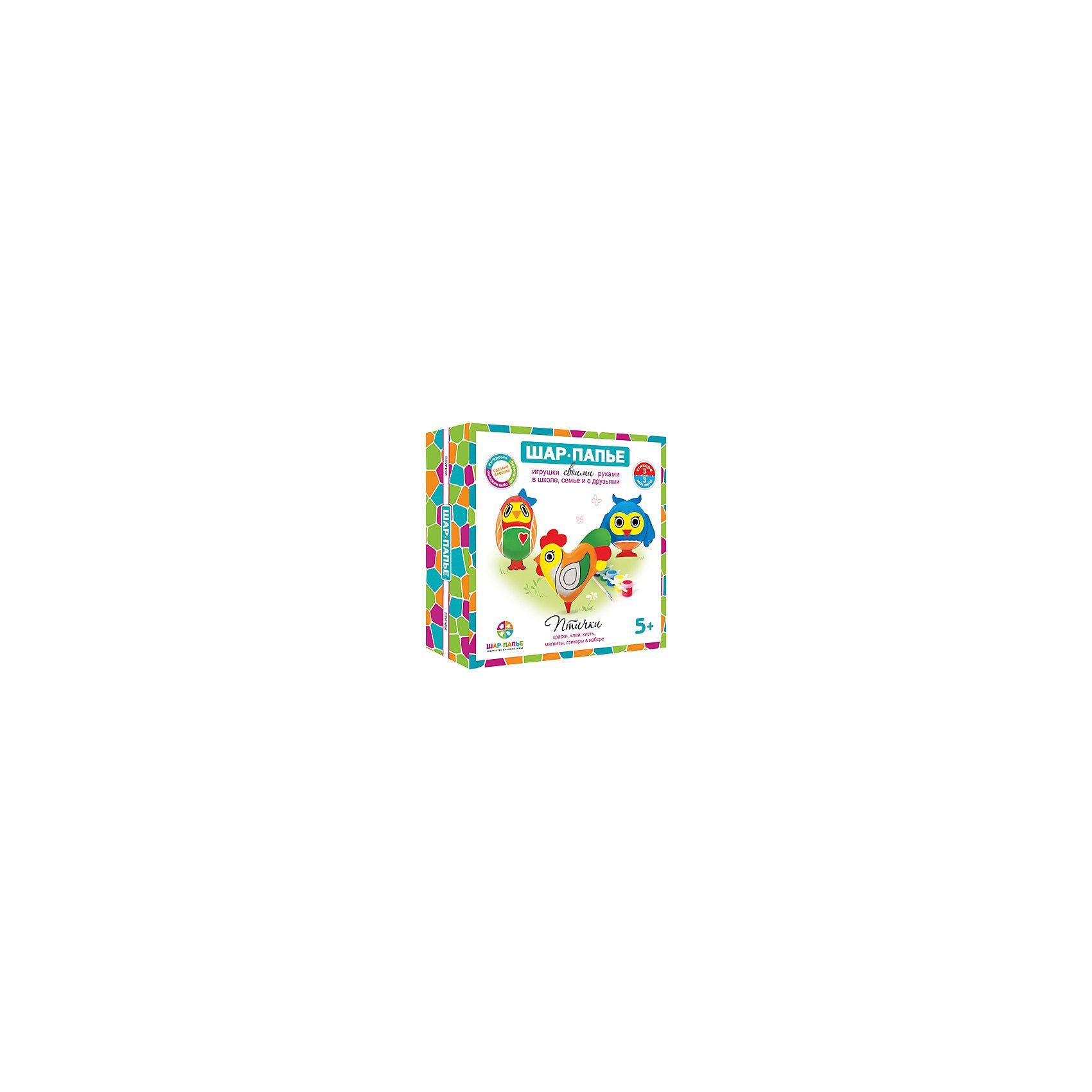 Набор для создания магнитов ПтичкиНабор для создания магнитов Птички - этот набор совмещает в себе интересный досуг и неограниченный простор для творчества.<br>С набором для создания магнитов Птички ваш ребенок сделает свой первый шаг в мир искусства, создав три чудесных магнита в виде забавных птичек. Сначала нужно соединить части фигурок, изготовленные по технологии шар-папье, а затем декорировать фигурки так, как подскажет фантазия. Придуманный уникальный дизайн сделает фигурки неповторимыми и притягивающими взгляды. Приклеив к получившимся фигурам магниты, ребенок сможет прикрепить их к любой металлической поверхности. Набор для создания магнитов Птички идеально подойдет для совместного семейного творчества и наполнит ваши домашние вечера новыми радостными впечатлениями.<br><br>Дополнительная информация:<br><br>- В наборе: заготовки для изготовления 3 фигурок из папье-маше и картона, краски, кисть, клей, магниты, стикеры<br>- Упаковка: картонная коробка<br>- Размер упаковки: 15,3х15,3х4,5 см.<br>- Вес: 250 гр.<br><br>Набор для создания магнитов Птички можно купить в нашем интернет-магазине.<br><br>Ширина мм: 315<br>Глубина мм: 315<br>Высота мм: 315<br>Вес г: 250<br>Возраст от месяцев: 36<br>Возраст до месяцев: 144<br>Пол: Унисекс<br>Возраст: Детский<br>SKU: 4648181