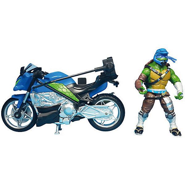 Мотоцикл с фигуркой Лео, Черепашки НиндзяКоллекционные и игровые фигурки<br>Мотоцикл с фигуркой Лео, Черепашки Ниндзя, Movie Line, станет отличным подарком для всех юных поклонников популярного мультсериала Черепашки Ниндзя. Отважные черепашки-мутанты, владеющие боевыми искусствами, переживают невероятные приключения, спасая мир от злодеев. В комплекте Вы найдете мотоцикл, фигурку Лео и его оружие. Суперскоростной мотоцикл выполнен с высокой степенью детализации и обладает секретом - при нажатии на кнопку фигурка Лео совершает кувырок в воздухе! Фигурка Леонардо раскрашена в соответствии с экранным образом героя, руки и ноги подвижные, в кисти рук можно вложить оружие - две катаны.<br><br>Дополнительная информация:<br><br>- В комплекте: мотоцикл, фигурка, оружие.<br>- Материал: пластик.<br>- Высота фигурки: 11 см.<br>- Размер упаковки: 32,5 x 19,4 x 10,5 см.  <br>- Вес: 0,638 кг. <br><br>Мотоцикл с фигуркой Лео, Черепашки Ниндзя, Movie Line, можно купить в нашем интернет-магазине.<br>Ширина мм: 325; Глубина мм: 194; Высота мм: 105; Вес г: 638; Возраст от месяцев: 36; Возраст до месяцев: 144; Пол: Мужской; Возраст: Детский; SKU: 4657956;
