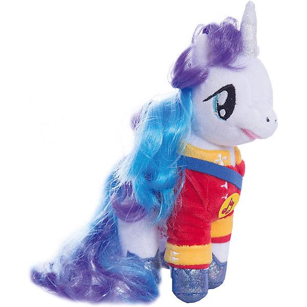 Мягкая игрушка Пони Принц Армор, 18 см, со звуком, My little Pony, МУЛЬТИ-ПУЛЬТИМузыкальные мягкие игрушки<br>Мягкая игрушка Пони Принц Армор со звуком от марки МУЛЬТИ-ПУЛЬТИ<br><br>Добрая мягкая игрушка от отечественного производителя сделана в виде известного персонажа из мультфильма My little Pony. Она поможет ребенку проводить время весело и с пользой. В игрушке есть встроенный звуковой модуль, который  позволяет ей говорить несколько фраз и петь песни.<br>Размер игрушки универсален - 18 сантиметров, её удобно брать с собой в поездки и на прогулку. Сделана она из качественных и безопасных для ребенка материалов, которые еще и приятны на ощупь. <br><br>Отличительные особенности  игрушки:<br><br>- материал: текстиль, пластик;<br>- звуковой модуль;<br>- язык: русский;<br>- работает на батарейках;<br>- высота: 18 см.<br><br>Мягкую игрушку Пони Принц Армор от марки МУЛЬТИ-ПУЛЬТИ можно купить в нашем магазине.<br><br>Ширина мм: 220<br>Глубина мм: 380<br>Высота мм: 280<br>Вес г: 110<br>Возраст от месяцев: 36<br>Возраст до месяцев: 84<br>Пол: Унисекс<br>Возраст: Детский<br>SKU: 4659489