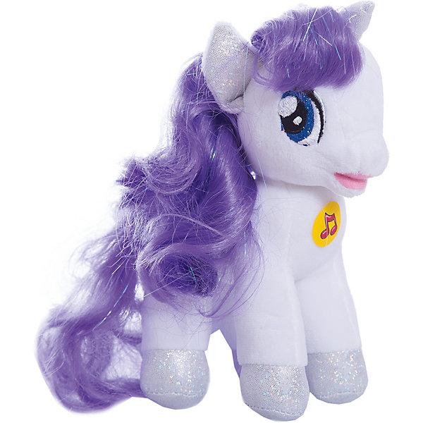 Мягкая игрушка Пони Рарити, 18 см, со звуком, My little Pony, МУЛЬТИ-ПУЛЬТИМягкие игрушки из мультфильмов<br>Мягкая игрушка Пони Рарити со звуком от марки МУЛЬТИ-ПУЛЬТИ<br><br>Симпатичная мягкая игрушка от отечественного производителя сделана в виде известного персонажа из мультфильма My little Pony. Она поможет ребенку проводить время весело и с пользой. В игрушке есть встроенный звуковой модуль, который  позволяет ей говорить несколько фраз и петь песни.<br>Размер игрушки универсален - 18 сантиметров, её удобно брать с собой в поездки и на прогулку. Сделана она из качественных и безопасных для ребенка материалов, которые еще и приятны на ощупь. <br><br>Отличительные особенности  игрушки:<br><br>- материал: текстиль, пластик;<br>- звуковой модуль;<br>- язык: русский;<br>- работает на батарейках;<br>- высота: 18 см.<br><br>Мягкую игрушку Пони Рарити от марки МУЛЬТИ-ПУЛЬТИ можно купить в нашем магазине.<br>Ширина мм: 380; Глубина мм: 260; Высота мм: 220; Вес г: 100; Возраст от месяцев: 36; Возраст до месяцев: 84; Пол: Женский; Возраст: Детский; SKU: 4659490;