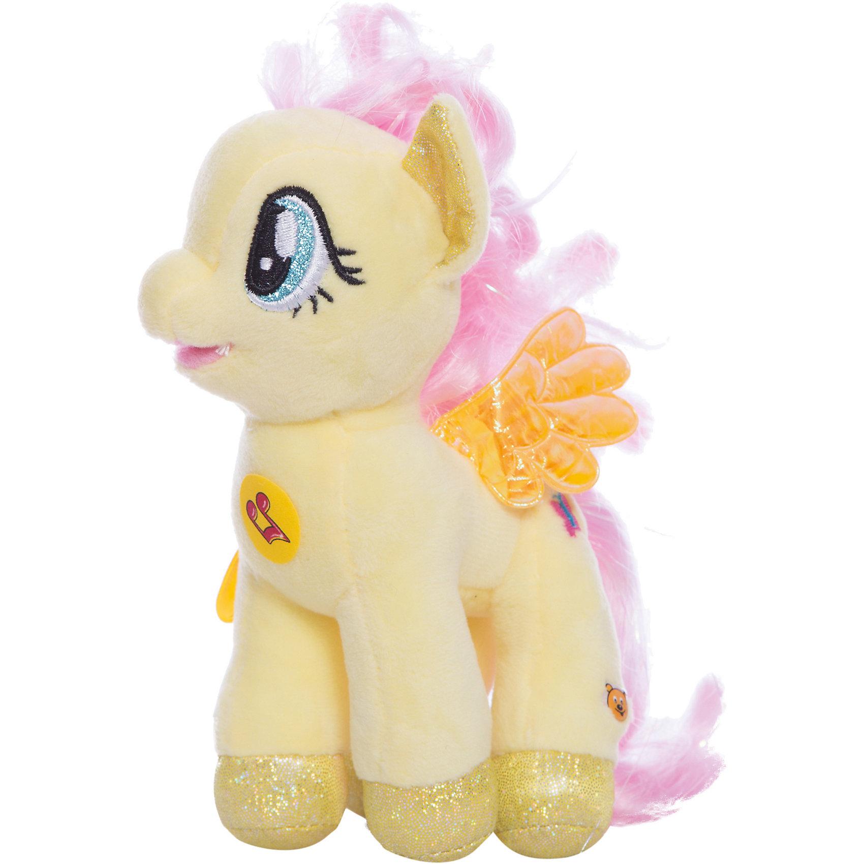 Мягкая игрушка Флаттершай, 18 см, со звуком, My little Pony, МУЛЬТИ-ПУЛЬТИОзвученные мягкие игрушки<br>Мягкая игрушка Флаттершай со звуком от марки МУЛЬТИ-ПУЛЬТИ<br><br>Очаровательная мягкая игрушка от отечественного производителя сделана в виде известного персонажа из мультфильма My little Pony. Она поможет ребенку проводить время весело и с пользой. В игрушке есть встроенный звуковой модуль, который  позволяет ей говорить несколько фраз и петь песни.<br>Размер игрушки универсален - 18 сантиметров, её удобно брать с собой в поездки и на прогулку. Сделана она из качественных и безопасных для ребенка материалов, которые еще и приятны на ощупь. <br><br>Отличительные особенности  игрушки:<br><br>- материал: текстиль, пластик;<br>- звуковой модуль;<br>- язык: русский;<br>- работает на батарейках;<br>- высота: 18 см.<br><br>Мягкую игрушку Флаттершай от марки МУЛЬТИ-ПУЛЬТИ можно купить в нашем магазине.<br><br>Ширина мм: 380<br>Глубина мм: 260<br>Высота мм: 220<br>Вес г: 100<br>Возраст от месяцев: 36<br>Возраст до месяцев: 84<br>Пол: Унисекс<br>Возраст: Детский<br>SKU: 4659491