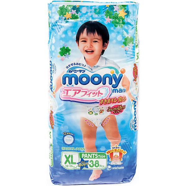 Трусики-подгузники для мальчиков Moony Man, XL 12-17 кг., 38 штТрусики-подгузники<br>Универсальные и оригинальные трусики Муни подойдут как для девочек, так и мальчиков, которые уже начали ползать на четвереньках. Не зависимо от активности ребенка он не почувствует дискомфорт, так как впитывающий слой несколько тоньше и эластичней, чем в обычных подгузниках. Сверхтонкий впитывающий слой препятствует протеканию. Дышащая поверхность трусиков позволяет коже малыша дышать, предотвращает возникновение парникового эффекта и оставляет кожу сухой. И самое главное - снять или одеть трусики Moony Man можно без особых проблем, не смотря на то, в каком положении будет ребенок.<br><br>Дополнительная информация:<br><br>Размер: XL 12-17 кг.<br>Количество в упаковке: 38 шт.<br><br>Трусики-подгузники для мальчиков Moony Man, XL 12-17 кг., 38 шт можно купить в нашем магазине.<br><br>Ширина мм: 320<br>Глубина мм: 430<br>Высота мм: 455<br>Вес г: 1700<br>Возраст от месяцев: 12<br>Возраст до месяцев: 36<br>Пол: Мужской<br>Возраст: Детский<br>SKU: 4659615