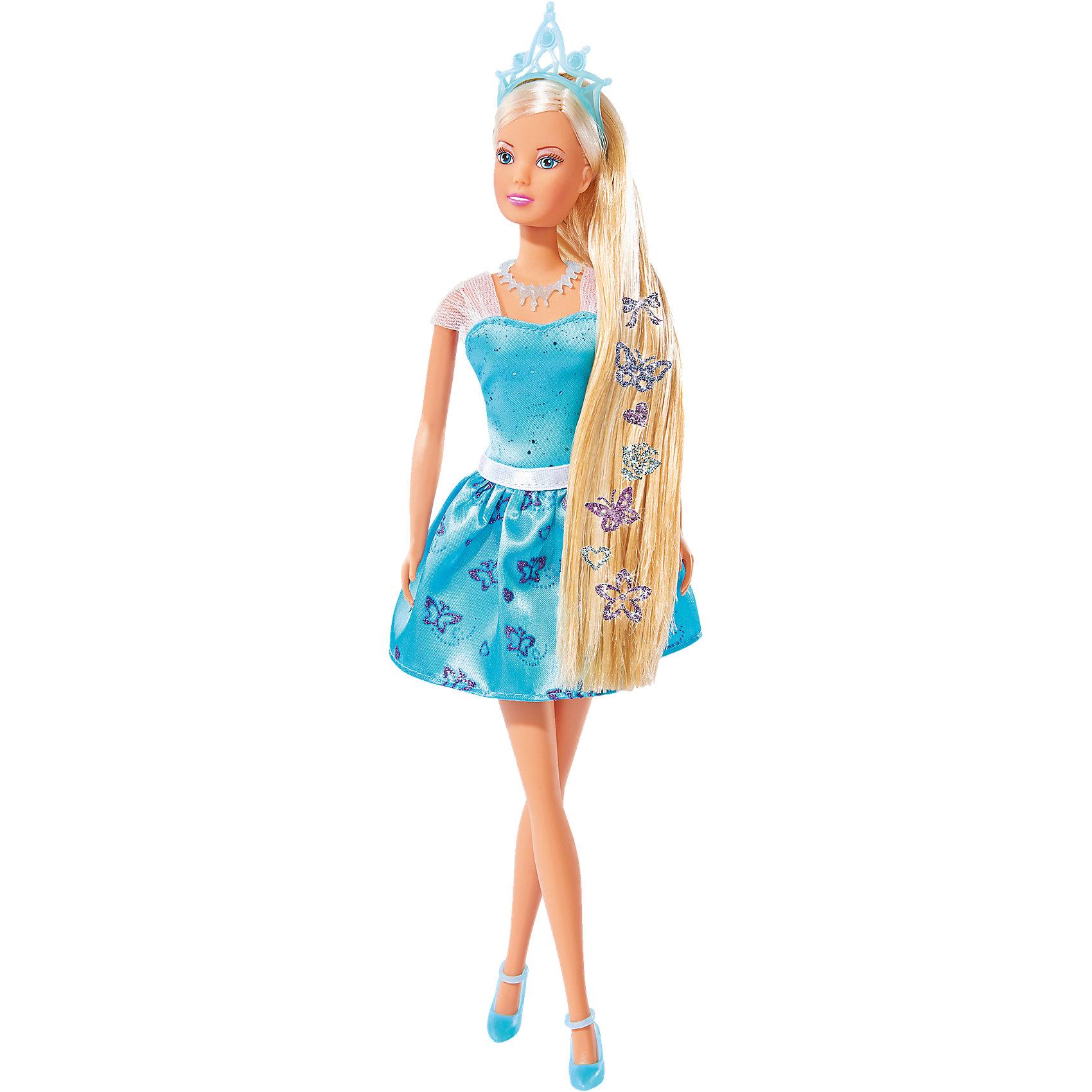 Кукла Штеффи с наклейками для волос, 29 см, SimbaКуклы-модели<br>Характеристики товара:<br><br>• возраст от 3 лет<br>• материал: пластик, текстиль<br>• высота куклы 29 см<br>• руки и ноги подвижны<br>• в комплекте: кукла, наклейки, расческа<br>• размер упаковки 33х10х5 см<br>• упаковка: картонная коробка блистерного типа<br>• страна бренда: Германия<br>• страна производитель: Китай<br><br>Кукла Штеффи Simba одета в нежное голубое платье и туфельки. Волосы украшены диадемой. У Штеффи длинные густые светлые волосы, которые девочка сможет расчесывать, заплетать и украшать. Девочке обязательно понравятся яркие блестящие наклейки для волос, которыми можно украсить волосы, создав для Штеффи неповторимый образ. <br><br>Сначала наклейки помещаются в воду, а затем приклеиваются на волосы куклы. Ручки и ножки куклы подвижны. Игрушка изготовлена из качественного пластика.<br><br>Куклу Штеффи с наклейками для волос Simba можно приобрести в нашем интернет-магазине.<br><br>Ширина мм: 334<br>Глубина мм: 167<br>Высота мм: 55<br>Вес г: 215<br>Возраст от месяцев: 36<br>Возраст до месяцев: 72<br>Пол: Женский<br>Возраст: Детский<br>SKU: 4662652