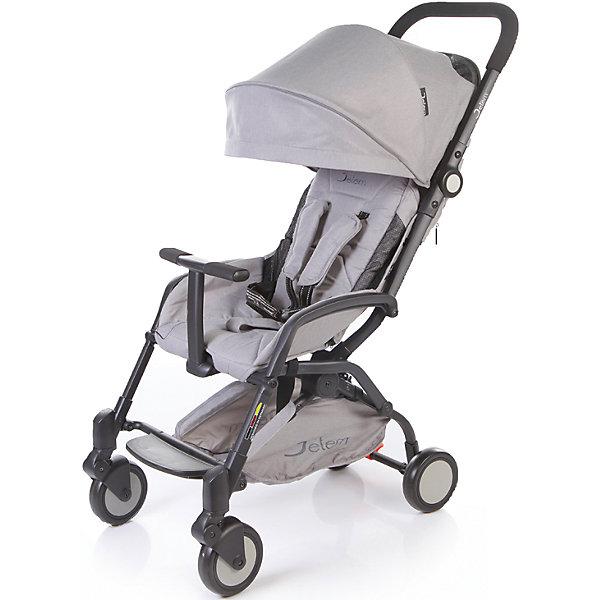 Прогулочная коляска Jetem Muzzy, серыйПрогулочные коляски<br>Jetem, Коляска прогулочная Muzzy создана для самых ярких путешествий!!!Коляска имеет оригинальный дизайн, широкое посадочное место. Легко и компактно складывается.<br><br>Особенности:<br>легкая алюминиевая рама,плавающие передние колеса,<br>5-ти точеные ремни безопасности,<br>съемный бампер с мягкой обивкой, <br>очень компактное складывание,<br>3 уровня наклона спинки,ножная тормозная система.<br>Комплектация: Чехол на ноги.<br><br>Дополнительная информация:<br><br>Характеристики: диаметр колес: передние – 15.3 см, задние — 15.3 см,<br>тип колес: одинарные,<br>механизм складывания: книжка,<br>вес: 7.6 кг,<br>ширина сиденья: 39 см,<br>размер корзины: 41х18х8 см,<br>размер в разложенном виде: 87х44х104 см,<br>размер в сложенном виде: 51х44х31 см.<br><br>Прогулочную коляску  Muzzy Серый (Grey) можно купить в нашем магазине.<br><br>Ширина мм: 460<br>Глубина мм: 550<br>Высота мм: 250<br>Вес г: 9200<br>Цвет: серый<br>Возраст от месяцев: 6<br>Возраст до месяцев: 36<br>Пол: Унисекс<br>Возраст: Детский<br>SKU: 4679102