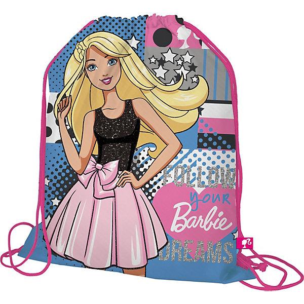 Мешок для обуви, BarbieBarbie<br>Мешок для обуви, Barbie, идеально подойдет для сменной обуви маленькой школьницы и для физкультурной формы. Мешок изготовлен из прочного водостойкого материала и имеет привлекательный для девочек дизайн с розово-зеленой расцветкой и изображением популярной<br>красавицы Барби. Мешок затягивается сверху при помощи текстильных шнурков-лямок, которые фиксируются в нижней части, благодаря чему его можно носить за спиной как рюкзак.<br><br><br>Дополнительная информация:<br><br>- Материал: 100% полиэстер.<br>- Размер: 43 х 1 х 34 см.<br>- Вес: 45 гр. <br><br>Мешок для обуви, Barbie, можно купить в нашем интернет-магазине.<br><br>Ширина мм: 430<br>Глубина мм: 340<br>Высота мм: 10<br>Вес г: 45<br>Возраст от месяцев: 96<br>Возраст до месяцев: 108<br>Пол: Женский<br>Возраст: Детский<br>SKU: 4681162