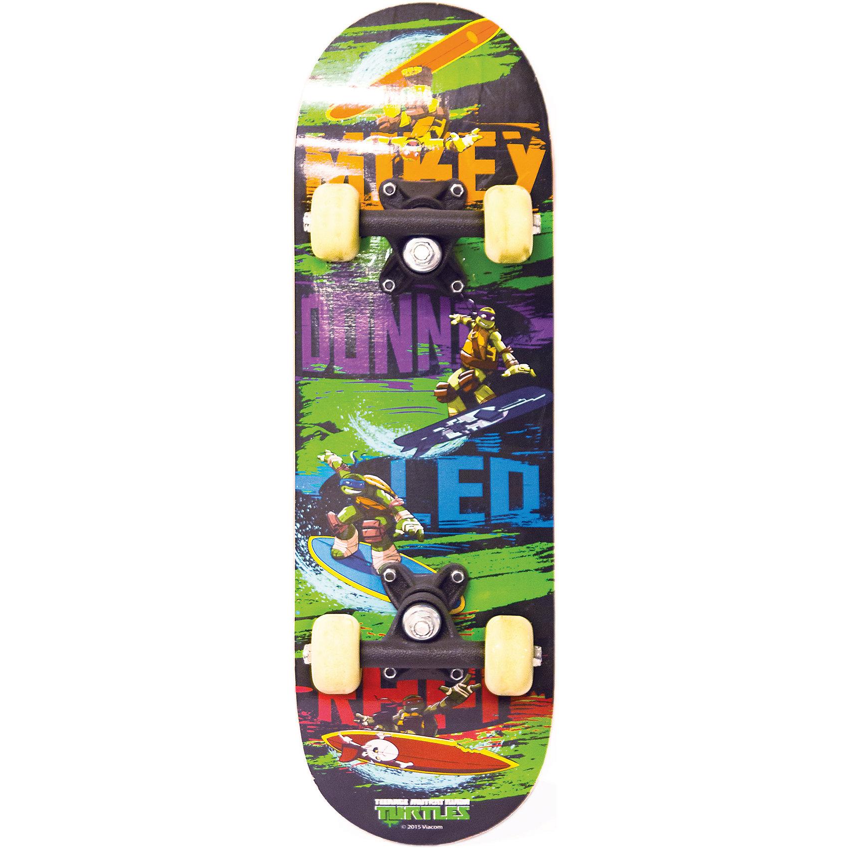 Скейтборд, Черепашки НиндзяЯркий скейтборд с изображениями любимых героев - прекрасный вариант для активного отдыха детей. Скейтборд сделан из высококачественных материалов, имеет устойчивые полиуретановые колеса. Катание на скейте не только модное и интересное увлечение, оно стимулирует ребенка к физической активности на свежем отдыхе, помогает развить различные группы мышц, координацию, укрепить иммунитет. <br><br>Дополнительная информация:<br><br>- Материал: пластик, дерево, металл.<br>- Длина: 55 см.<br>- Размер колес: 5 х 3 см.<br>- Подшипники: ABEC1.<br>- Амортизаторы: 90А.<br>- Вес: 1 кг.<br>- Максимальная нагрузка: 35 кг.<br>- Детская модель (от 4 лет).<br><br>Скейтборд,  Черепашки Ниндзя, в ассортименте, можно купить в нашем магазине.<br><br>Ширина мм: 559<br>Глубина мм: 110<br>Высота мм: 165<br>Вес г: 1063<br>Возраст от месяцев: 36<br>Возраст до месяцев: 84<br>Пол: Мужской<br>Возраст: Детский<br>SKU: 4696134