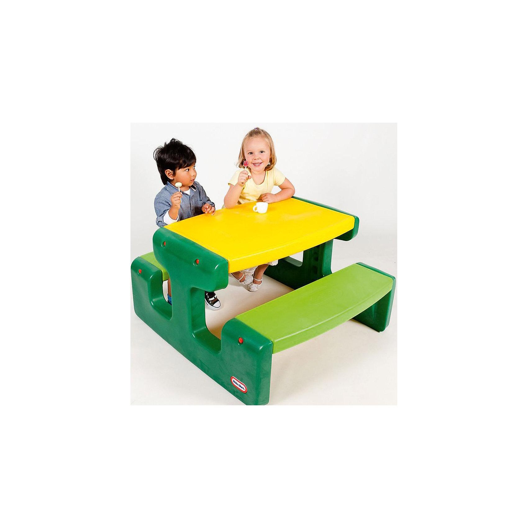 Большой стол для пикника, Little TikesБольшой стол для пикника, Little Tikes (Литтл Тайкс) отлично пригодится для различных детских игр на природе или в доме. Он выполнен в ярких зелено-желтых тонах –  такой столик будет прекрасно смотреться на любой лужайке или в интерьере. Две широкие скамеечки расположены друг напротив друга, с обеих сторон стола, и рассчитаны на 4 человек. Столик не имеет острых углов, которые могут травмировать ребенка; с легкостью собирается и разбирается, в сложенном состоянии занимает мало места.  Конструкция прочно скрепляется, что оберегает от случайных падений скамеек и столешницы.  Большой стол для пикника прекрасно подойдет для детских игр на воздухе в летний период!  <br><br>Дополнительная информация:<br><br>-Размер столика: 93х100х55 см.<br>-Размеры в сложенном виде: 94х54х34 см. <br>-Вес в упаковке: 10,9 кг <br>-Материал: пластик <br><br>Большой стол для пикника, Little Tikes (Литтл Тайкс) можно купить в нашем магазине.<br><br>Ширина мм: 960<br>Глубина мм: 345<br>Высота мм: 545<br>Вес г: 10800<br>Возраст от месяцев: 24<br>Возраст до месяцев: 120<br>Пол: Унисекс<br>Возраст: Детский<br>SKU: 4698048