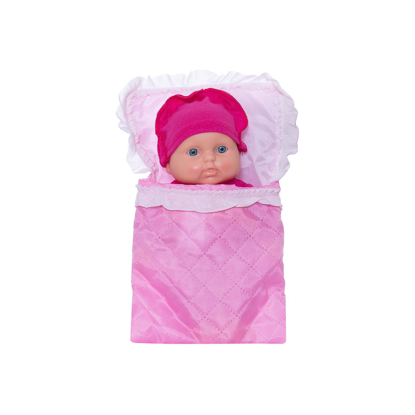 Кукла Карапуз 17, ВеснаКлассические куклы<br>Симпатичная и качественная кукла от отечественного производителя способна не просто помочь ребенку весело проводить время, но и научить девочку заботиться о других. На игрушке - симпатичная одежда и шапочка, всё можно снимать и надевать. Также прилагается красивый конверт-одеяло.<br>Такая кукла помогает ребенку нарабатывать социальные навыки и весело познавать мир. Сделана игрушка из качественных, приятных на ощупь и безопасных для ребенка материалов.<br><br>Отличительные особенности куклы:<br><br>- материал: пластмасса;<br>- волосы: рельефная имитация;<br>- можно купать;<br>- снимающаяся одежда;<br>- высота: 20 см.<br><br>Куклу Карапуз 17 от марки Весна можно купить в нашем магазине.<br><br>Ширина мм: 240<br>Глубина мм: 130<br>Высота мм: 75<br>Вес г: 190<br>Возраст от месяцев: 36<br>Возраст до месяцев: 1188<br>Пол: Женский<br>Возраст: Детский<br>SKU: 4701836