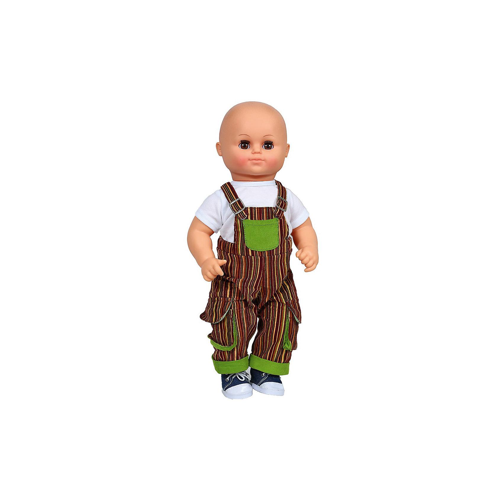 Кукла Дениска 2, со звуком, ВеснаРеалистичная симпатичная кукла от отечественного производителя способна не просто помочь ребенку весело проводить время, но и научить девочку многим нужным навыкам. На ней - красивый комбинезон, обувь, всё можно снимать и надевать.<br>Кукла произносит несколько фраз, механизм работает от батареек. Сделана игрушка из качественных и безопасных для ребенка материалов. Такая кукла поможет ребенку освоить механизмы социальных взаимодействий, развить моторику и воображение. Также куклы помогают девочкам научиться заботиться о других.<br><br>Дополнительная информация:<br><br>- материал: пластмасса;<br>- волосы: рельефная имитация;<br>- открывающиеся глаза;<br>- звуковой модуль;<br>- снимающаяся одежда и обувь;<br>- высота: 44 см.<br><br>Комплектация:<br><br>- одежда;<br>- три батарейки СЦ 357.<br><br>Куклу Дениска 2, со звуком, от марки Весна можно купить в нашем магазине.<br><br>Ширина мм: 490<br>Глубина мм: 210<br>Высота мм: 130<br>Вес г: 1062<br>Возраст от месяцев: 36<br>Возраст до месяцев: 1188<br>Пол: Женский<br>Возраст: Детский<br>SKU: 4701859