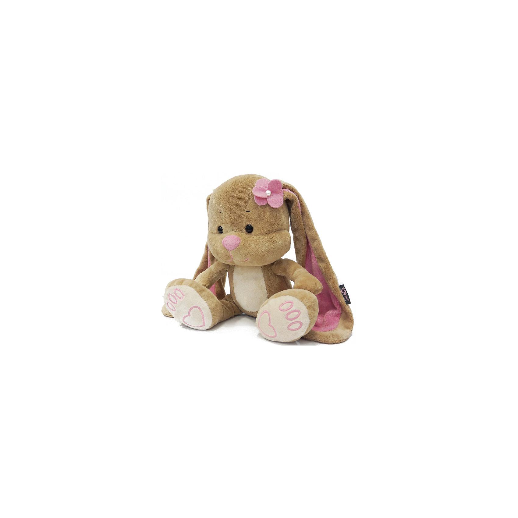 Зайка Лин с цветочком на голове, 25 см, MAXITOYSОчень симпатичная мягкая игрушка сделана в виде Зайца с цветочком на голове. Она поможет ребенку проводить время весело и с пользой (такие игрушки развивают воображение и моторику). Смотрится игрушка очень мило - ее хочется трогать и играть с ней.<br>Размер игрушки универсален - 25 сантиметров, её удобно брать с собой в поездки и на прогулку. Сделан Зайка из качественных и безопасных для ребенка материалов, которые еще и приятны на ощупь. Эта игрушка может стать и отличным подарком для взрослого, также она украсит любой интерьер.<br><br>Дополнительная информация:<br><br>- материал: мех искусственный, трикотажный, волокно полиэфирное;<br>- высота: 25 см.<br><br>Игрушку Зайка Лин с цветочком на голове, 25 см, от марки MAXITOYS можно купить в нашем магазине.<br><br>Ширина мм: 170<br>Глубина мм: 200<br>Высота мм: 250<br>Вес г: 221<br>Возраст от месяцев: 36<br>Возраст до месяцев: 1188<br>Пол: Женский<br>Возраст: Детский<br>SKU: 4701896