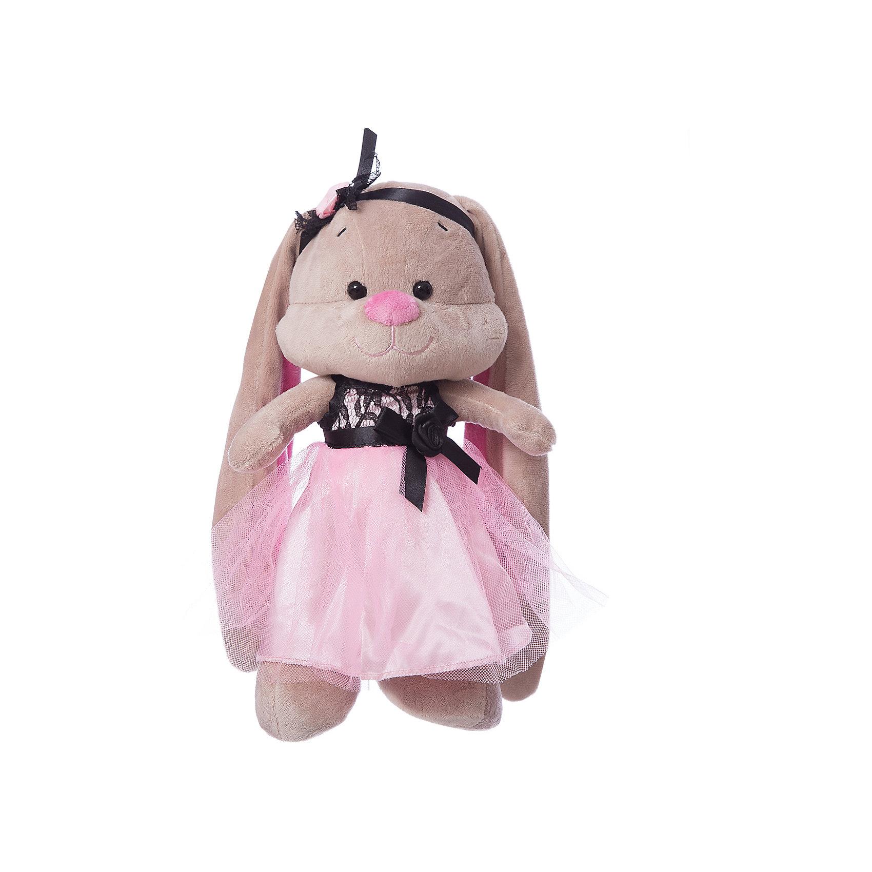 Зайка Лин в розово-черном платьице, 25 см, MAXITOYSКрасивая игрушка сделана в виде Зайца в платье. Она поможет ребенку проводить время весело и с пользой (такие игрушки развивают воображение и моторику). Смотрится игрушка очень мило - ее хочется трогать и играть с ней.<br>Размер игрушки универсален - 25 сантиметров, её удобно брать с собой в поездки и на прогулку. Сделан Зайка из качественных и безопасных для ребенка материалов, которые еще и приятны на ощупь. Эта игрушка может стать и отличным подарком для взрослого, также она украсит любой интерьер.<br><br>Дополнительная информация:<br><br>- материал: мех искусственный, трикотажный, волокно полиэфирное;<br>- высота: 25 см.<br><br>Игрушку Лин в розово-черном платьице, 25 см, от марки MAXITOYS можно купить в нашем магазине.<br><br>Ширина мм: 140<br>Глубина мм: 170<br>Высота мм: 250<br>Вес г: 221<br>Возраст от месяцев: 36<br>Возраст до месяцев: 1188<br>Пол: Женский<br>Возраст: Детский<br>SKU: 4701897
