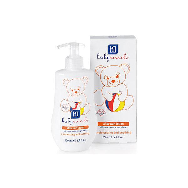Молочко мягкое после загара 200мл, BabycoccoleКосметика для малыша<br>Молочко мягкое после загара 200мл, Babycoccole (Бэбикоколле) – для детской кожи, подвергающейся воздействию солнечных лучей. <br>Мягкое молочко после загара с питательным и успокаивающим эффектом нежно заботится о детской коже. Оно увлажняет и смягчает, благодаря чистым натуральным компонентам, таким как бисаболол ромашки и протеины миндаля. Гипоаллергенно, обладает физиологическим уровнем pH. Без парфюмерных добавок, не содержит спирта, без красителей. Babyсoccole (Бэбикоколле) включает все линии косметики, необходимые для ухода за кожей новорожденных. Косметика Babycoccole (Бэбикоколле) – это чистые и натуральные решения, созданные самой природой, потому что они основаны на использовании лучших и наиболее эффективных свойств компонентов растений. Косметика создана в результате глубоких исследований, для ухода за нежной кожей новорожденных и маленьких детей. Разработана и произведена в лаборатории Betafarma, Италия. Клинически протестирована, соответствует Европейской директиве 2003/15/СЕЕ, которая регулирует вопрос о недопустимости в содержании аллергических веществ. Для косметических средств характерен легкий мягкий запах мускуса с цитрусовой ноткой, который так подходит и нравится детям.<br><br>Дополнительная информация:<br><br>- Объем: 200 мл.<br>- Специально разработано для детей с самого рождения<br>- Не содержит потенциально агрессивных ПАВ, таких как лаурилсульфаты (SLES-SLS)<br>- Максимально снижен риск развития аллергических реакций благодаря оптимально сбалансированному составу, а также использованию испытанных традиционных компонентов растительного происхождения<br>- Используется только экологически чистое сырьё, прошедшее строгий лабораторный контроль<br>- Отсутствие консервантов в синергической (взаимодополняющей) смеси активных ингредиентов гарантирует высокую микробиологическую безопасность продукции<br>- Отсутствуют компоненты животного происхождения, способные вызвать развитие а