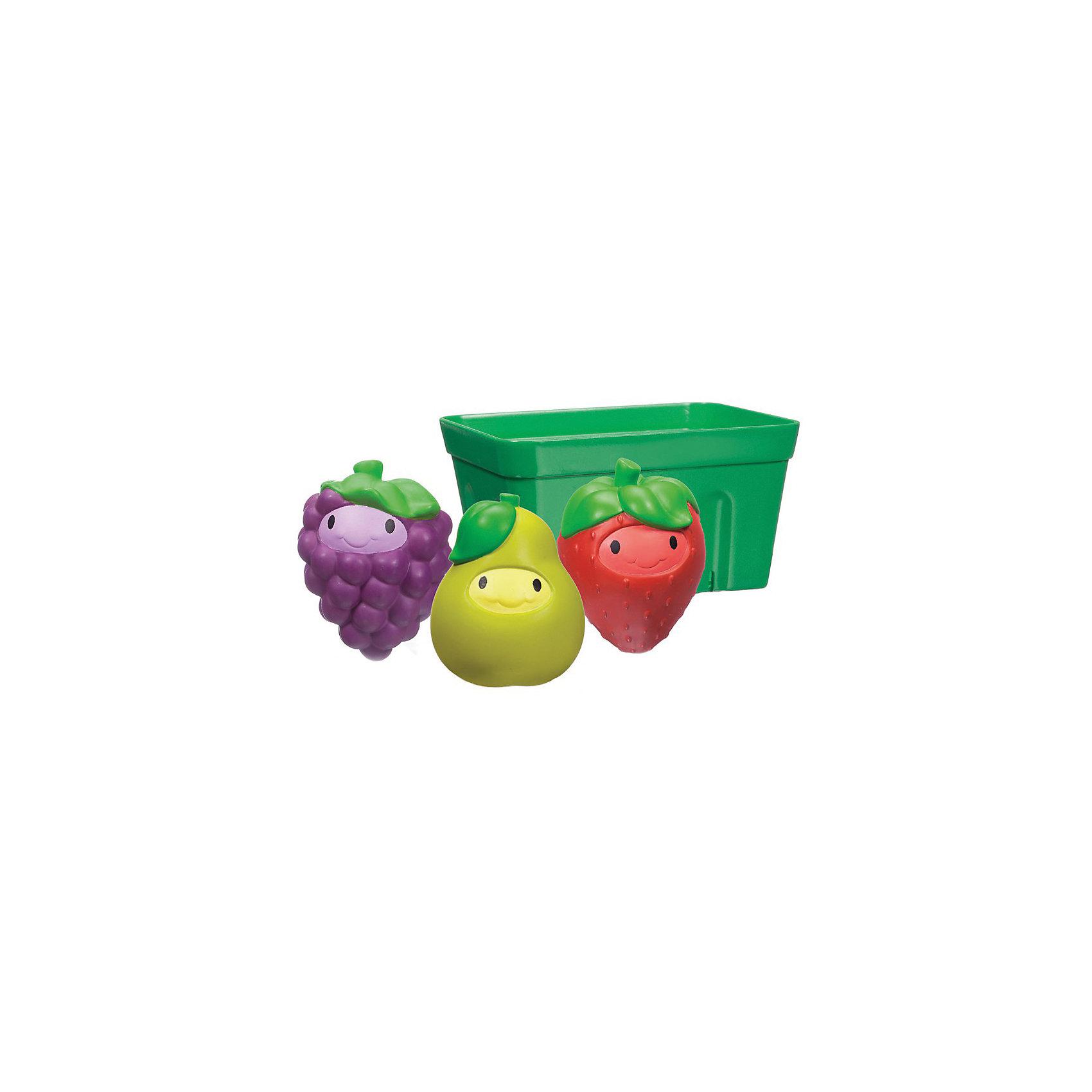 Игрушки для ванны Фрукты в корзине 9+, MunchkinИгрушки для ванны<br>Игрушки для ванны Фрукты в корзине 9+, Munchkin (Манчкин) - непременно понравятся вашему малышу и превратят купание в веселую игру.<br>Три яркие игрушки-брызгалки в виде груши, клубники и виноградинки разнообразят купание малыша и позволят ему придумывать различные увлекательные игры в ванной. Удобная форма игрушек адаптирована для детских ручек. Все игрушки складываются в специальную корзинку-сито, в которую можно наливать и просеивать водичку. Игрушки развивают мелкую моторику рук, творческое мышление, дают ребенку первые представления о формах, свойствах и цветах предметов. Миссия Munchkin (Манчкин), американской компании с 20-летней историей: избавить мир от надоевших и прозаических товаров, искать умные инновационные решения, которые превращает обыденные задачи в опыт, приносящий удовольствие. Понимая, что наибольшее значение в быту имеют именно мелочи, компания создает уникальные товары, которые помогают поддерживать порядок, организовывать пространство, облегчают уход за детьми – недаром компания имеет уже более 140 патентов и изобретений, используемых в создании ее неповторимой и оригинальной продукции. Munchkin (Манчкин) делает жизнь родителей легче!<br><br>Дополнительная информация:<br><br>- Для детей с 9 месяцев<br>- В наборе: корзинка-сито, 3 брызгалки (клубника, груша, виноград)<br>- Материал: резина, пластмасса<br>- Не содержит Бисфенол-А<br>- Размер упаковки: 8х16х17 см.<br>- Вес: 170 гр.<br><br>Игрушки для ванны Фрукты в корзине 9+, Munchkin (Манчкин) можно купить в нашем интернет-магазине.<br><br>Ширина мм: 80<br>Глубина мм: 160<br>Высота мм: 170<br>Вес г: 170<br>Возраст от месяцев: 9<br>Возраст до месяцев: 36<br>Пол: Унисекс<br>Возраст: Детский<br>SKU: 4701940