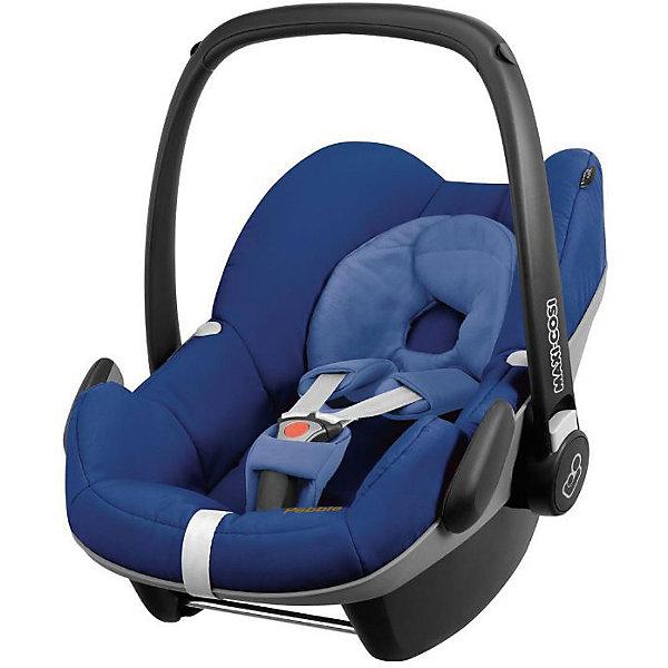 Автокресло Maxi-Cosi Pebble 0-13 кг, Blue BaseГруппа 0+  (до 13 кг)<br>Надежное высокотехнологичное автокресло-переноска позволит перевозить ребенка, не беспокоясь при этом о его безопасности. Оно предназначено для предназначено для детей весом  до 13 килограмм. Такое кресло обеспечит малышу не только безопасность, но и удобство (регулируемая длина внутренних ремней и анатомическая подушка). Ребенок надежно фиксируется в кресле и ездит с комфортом.<br>Автокресло устанавливают против движения. Такое кресло дает возможность свободно путешествовать, ездить в гости и при этом  быть рядом с малышом. Конструкция - очень удобная и прочная. Изделие произведено из качественных и безопасных для малышей материалов, оно соответствуют всем современным требованиям безопасности. Оно отлично показало себя на краш-тестах.<br> <br>Дополнительная информация:<br><br>цвет: синий;<br>материал: текстиль, пластик;<br>вес ребенка:  от 0 до 13 кг;<br>вес кресла: 4 кг;<br>использование в качестве качалки;<br>анатомическая подушка;<br>внутренние ремни - трехточечные, с мягкими накладками;<br>регулировка высоты внутренних ремней;<br>дополнительная защита от боковых ударов;<br>регулировка глубины кресла в соответствии с весом ребенка;<br>ручка для переноски;<br>тент от солнца.<br><br>Автокресло Pebble 0-13 кг.,  Blue Base от компании Maxi-Cosi можно купить в нашем магазине.<br>Ширина мм: 445; Глубина мм: 375; Высота мм: 725; Вес г: 4000; Возраст от месяцев: 0; Возраст до месяцев: 12; Пол: Унисекс; Возраст: Детский; SKU: 4709562;