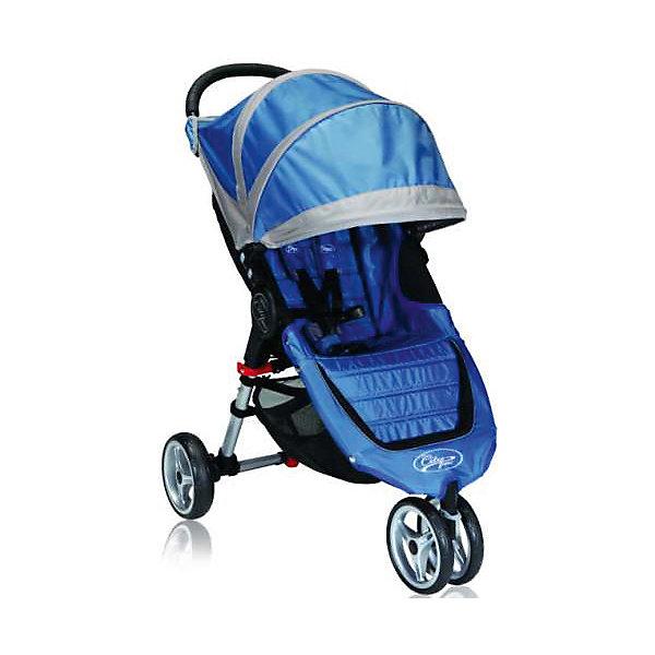 Прогулочная коляска Baby Jogger City Mini Single, голубой-серыйПрогулочные коляски<br>Прогулочная коляска Baby Jogger City Mini Single - прекрасный вариант для детей и родителей, идеально подходит для городских прогулок и путешествий. Коляска имеет 3 колеса, переднее - сдвоенное, поворотное, гарантирует маневренность и проходимость. Модель легко складывается одной рукой, имеет систему автофиксации в сложенном виде, ножной тормоз. Удобное просторное сиденье эргономичной формы, глубокий капюшон с сетчатым окошком, регулируемая спинка обеспечат малышу спокойный и комфортный отдых, а пятиточечные страховочные ремни с мягкими накладками гарантируют безопасность. City Mini с легкостью заменит коляску-трость и при этом даст вам и вашему ребенку гораздо больше комфорта.<br><br>Дополнительная информация:<br><br>- Материал: алюминий, текстиль, резина, пластик.<br>- Размер: 73х60х106 см.<br>- Размер в сложенном виде: 76х60х20 см.<br>- Количество колес: 3 (переднее сдвоенное).<br>- Тип складывания: книжка.<br>- Колеса съемные.<br>- Диаметр колес: 20 см.<br>- Ножной тормоз.<br>- Регулируемый наклон спинки (до 170 градусов).<br>- Пятиточечные ремни безопасности.<br>- Корзина для вещей.<br>- Сетчатый карман для мелочей. <br>- Глубокий капюшон с сетчатым окошком (закрывается). <br>- Система автофиксации коляски в сложенном виде.<br>- Полукруглая ручка удобной эргономичной формы.<br>- Максимальный вес ребенка: 25 кг.<br>- Вес: 7 кг. <br><br>Прогулочную коляску City Mini Single, Baby Jogger (Бэби Джоггер), голубую/серую можно купить в нашем магазине.<br>Ширина мм: 730; Глубина мм: 610; Высота мм: 1040; Вес г: 9000; Возраст от месяцев: 6; Возраст до месяцев: 36; Пол: Унисекс; Возраст: Детский; SKU: 4711680;